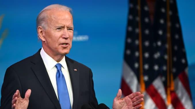 Tổng thống đắc cử Hoa Kỳ Joe Biden phát biểu về chứng nhận cử tri đoàn tại Nhà hát Queen ở Wilmington, Delaware vào ngày 14 tháng 12 năm 2020.