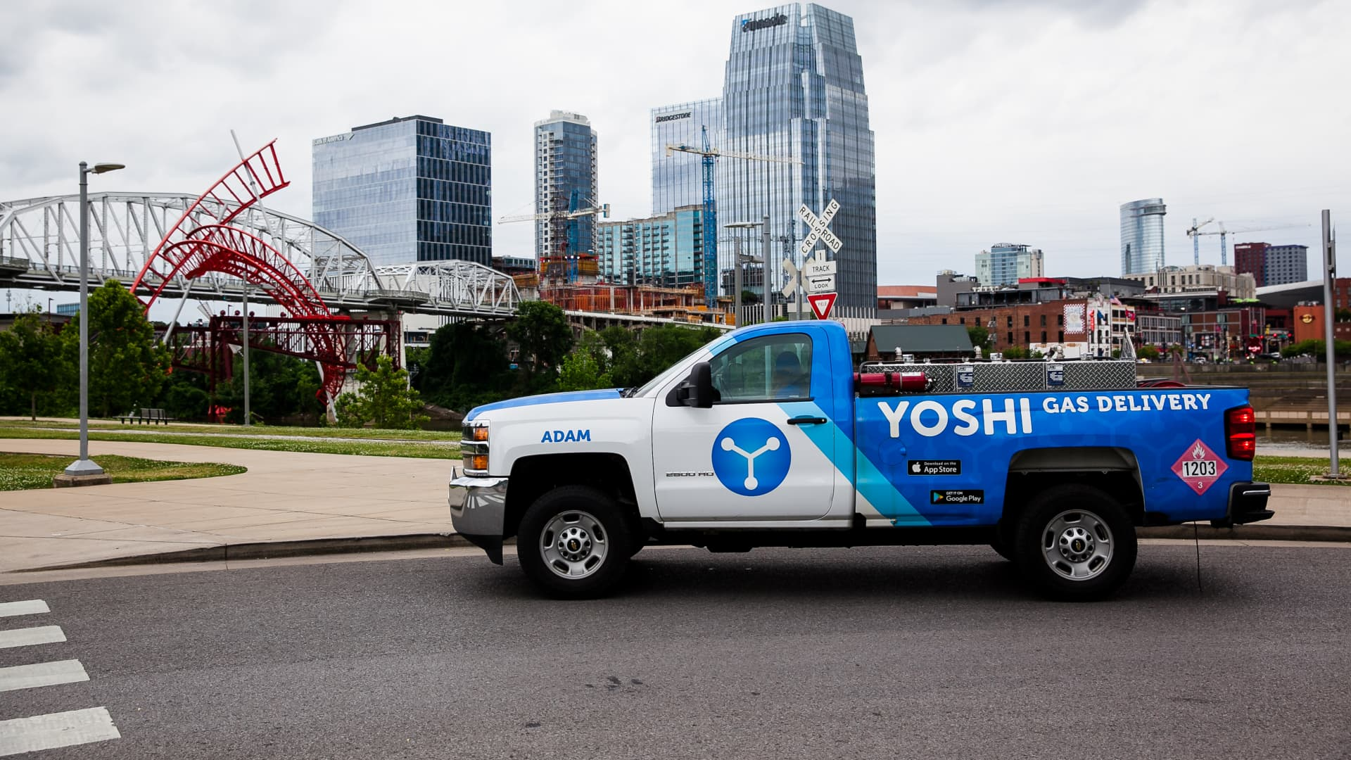 GM Ventures is leading a $23 million investment round into on-demand car maintenance service Yoshi.