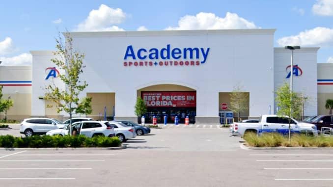 Toko Academy Sports & Outdoors di Orlando, Florida.