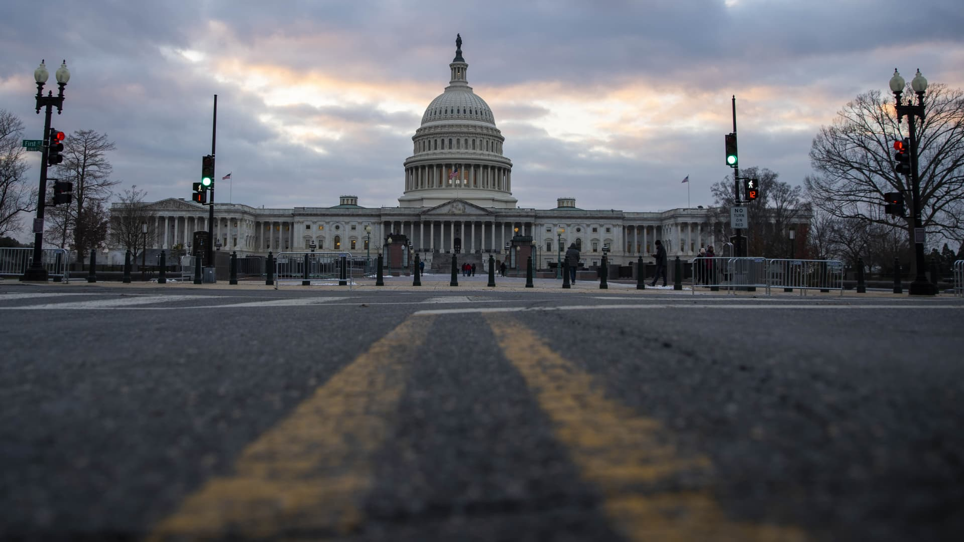 The U.S. Capitol in Washington, D.C., U.S., on Friday, Dec. 18, 2020. Congress is facing down a midnight deadline to pass a pandemic relief measure as part of a massive government spending bill or rush through another stopgap to keep the government funded through at least the weekend while talks continue. Photographer: Sarah Silbiger/Bloomberg via Getty Images