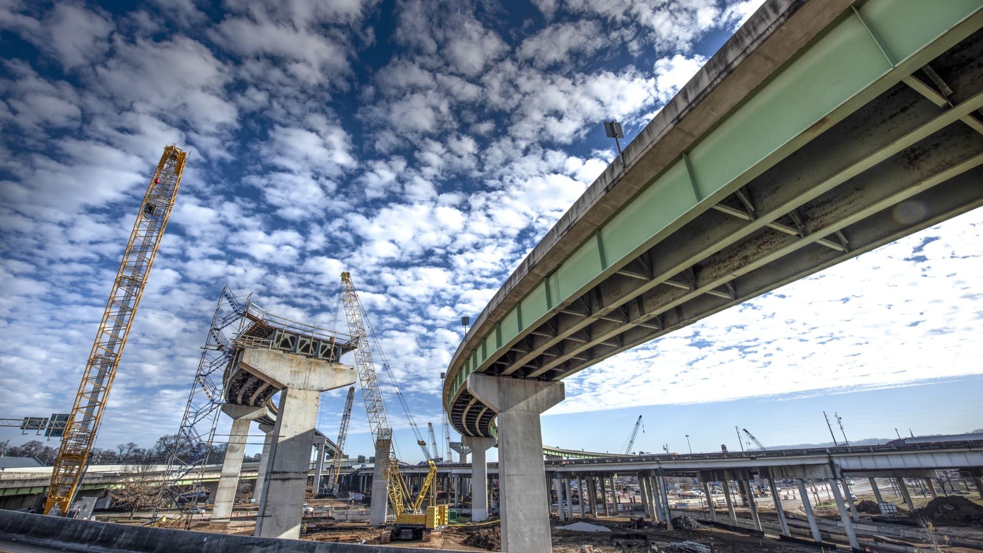 A new interstate highway under construction in Birmingham, Alabama.
