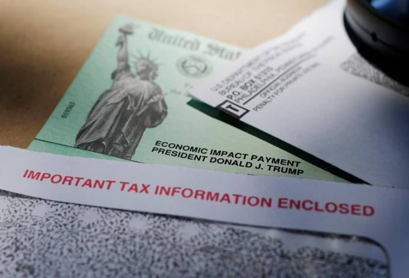 Americans struggle to receive missing stimulus checks