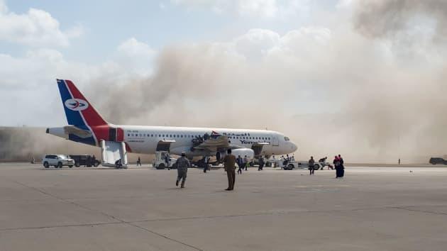 UPDATE: Yemeni officials say blast at Aden airport kills 22, wounds 50