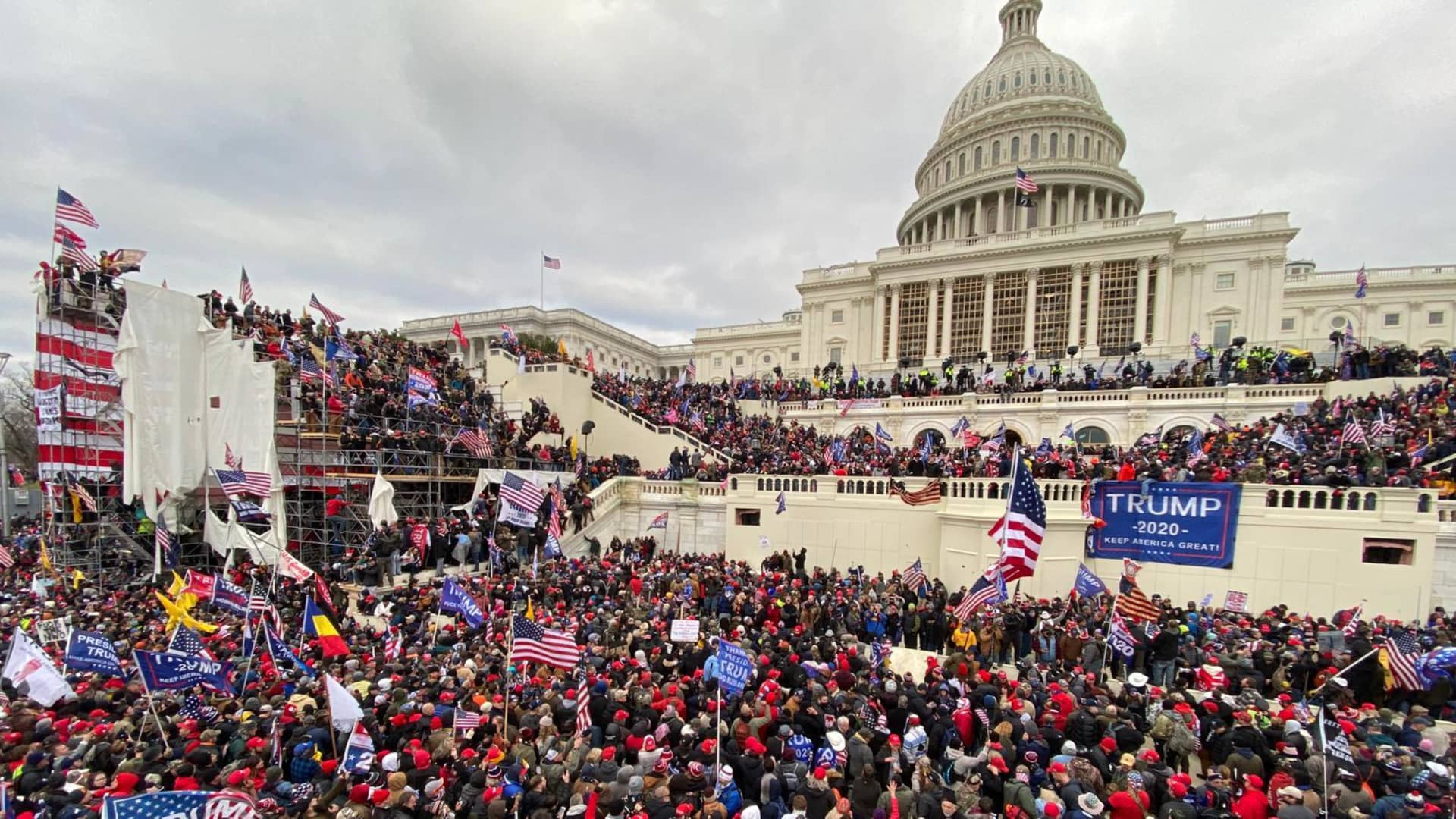 U.S. President Donald Trump's supporters gather outside the Capitol building in Washington D.C. on Jan. 6, 2021.