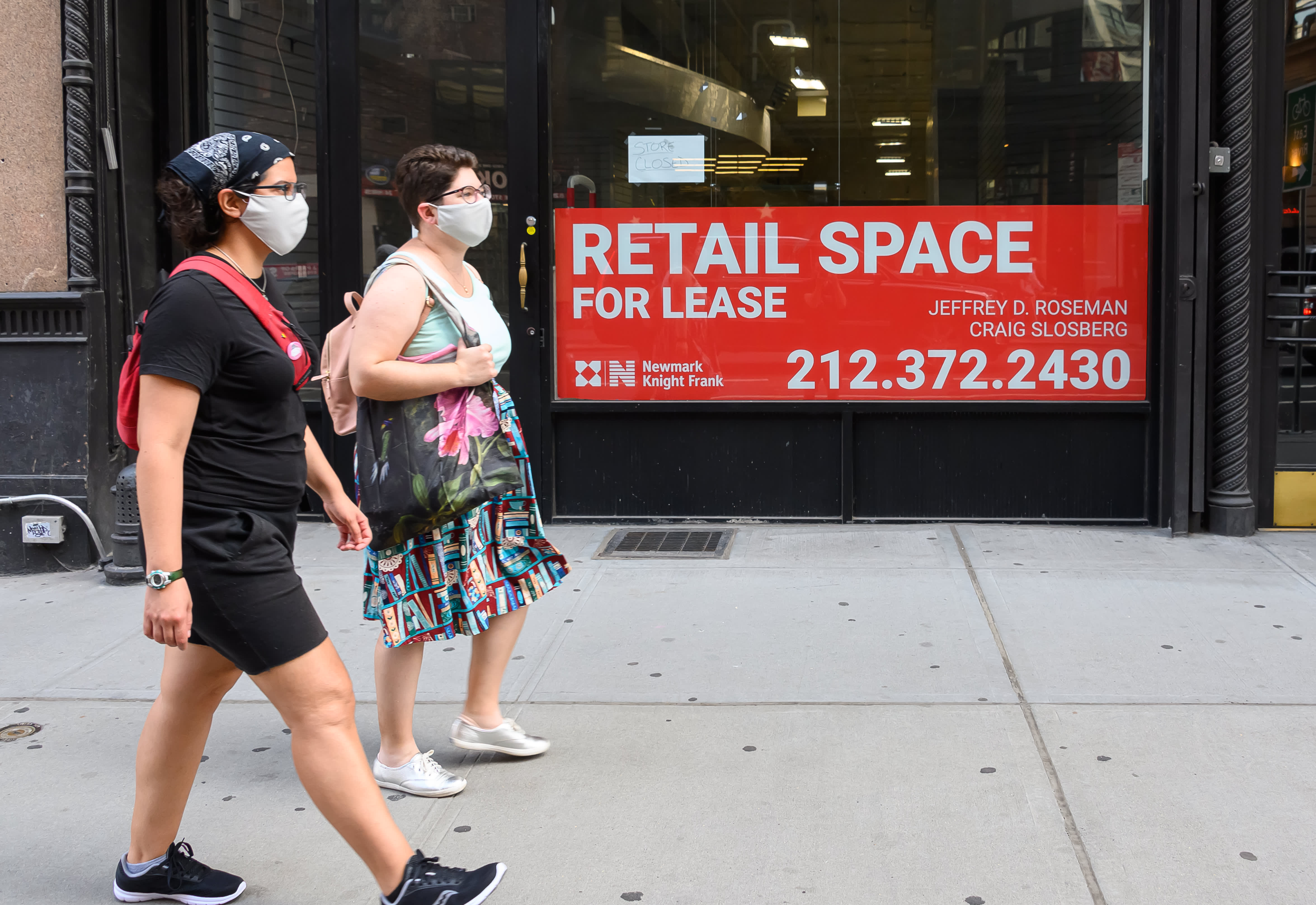 New York City may turn vacant retail space into Covid testing sites, says real estate mogul thumbnail