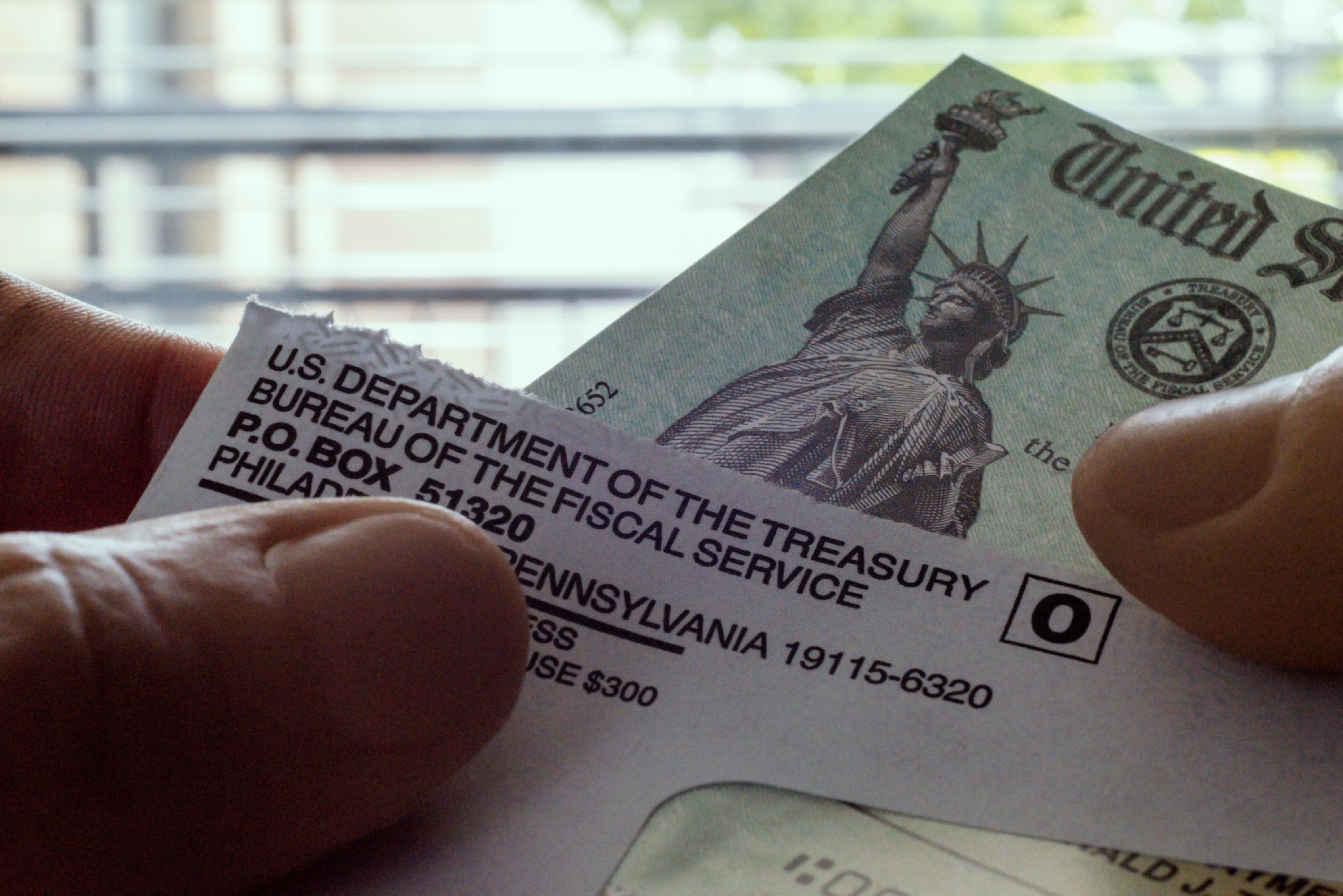 Jackson Hewitt, TaxAct: Stimulus checks to be deposited ...