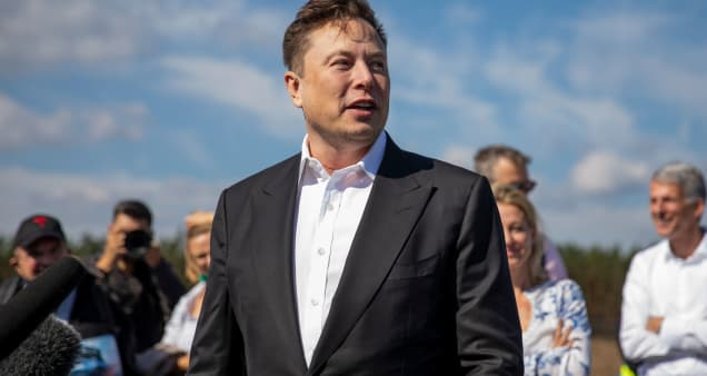 Elon Musk says he will donate $100 million to whoever invents the best carbon capture technology