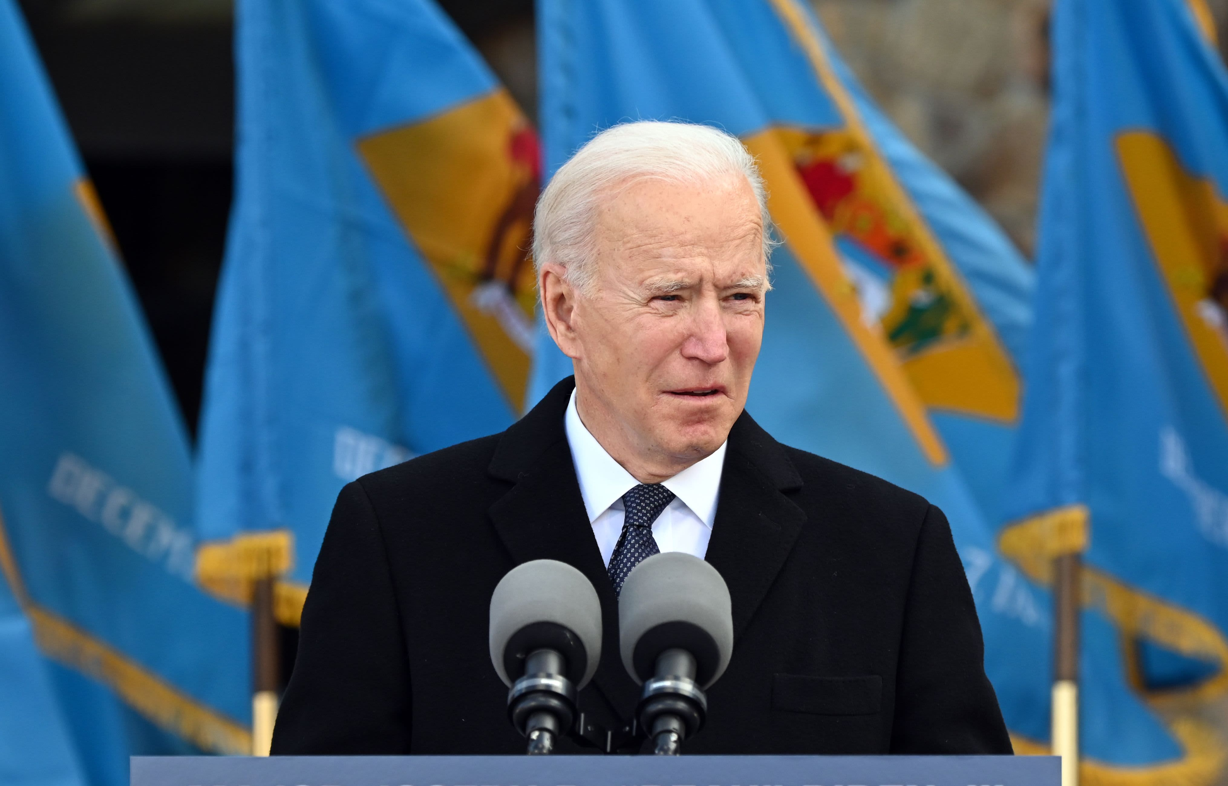 Biden plans to extend payment pause for student loan borrowers until October 2021
