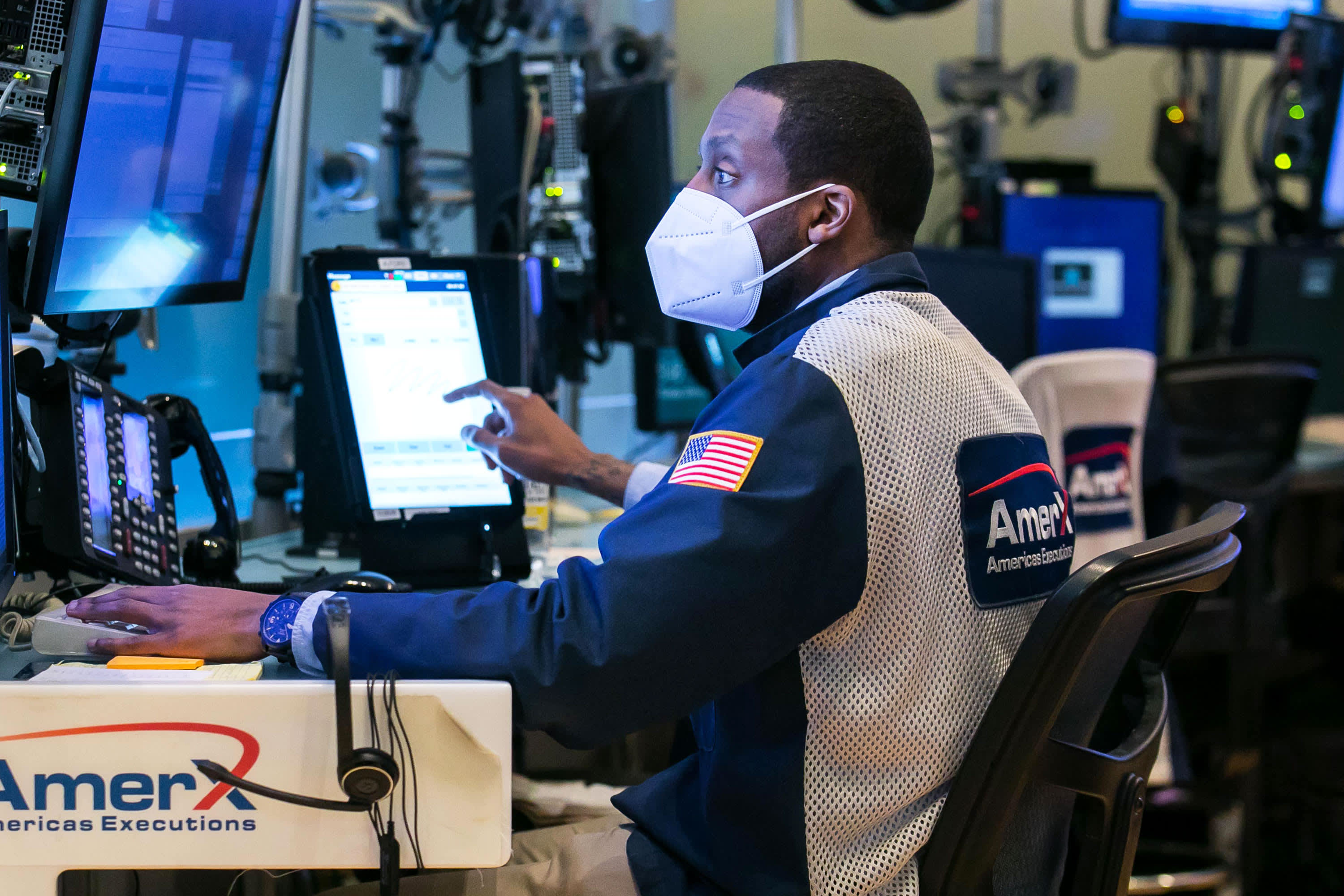 , Stock futures gain after sluggish start to September with key jobs data ahead, The World Live Breaking News Coverage & Updates IN ENGLISH