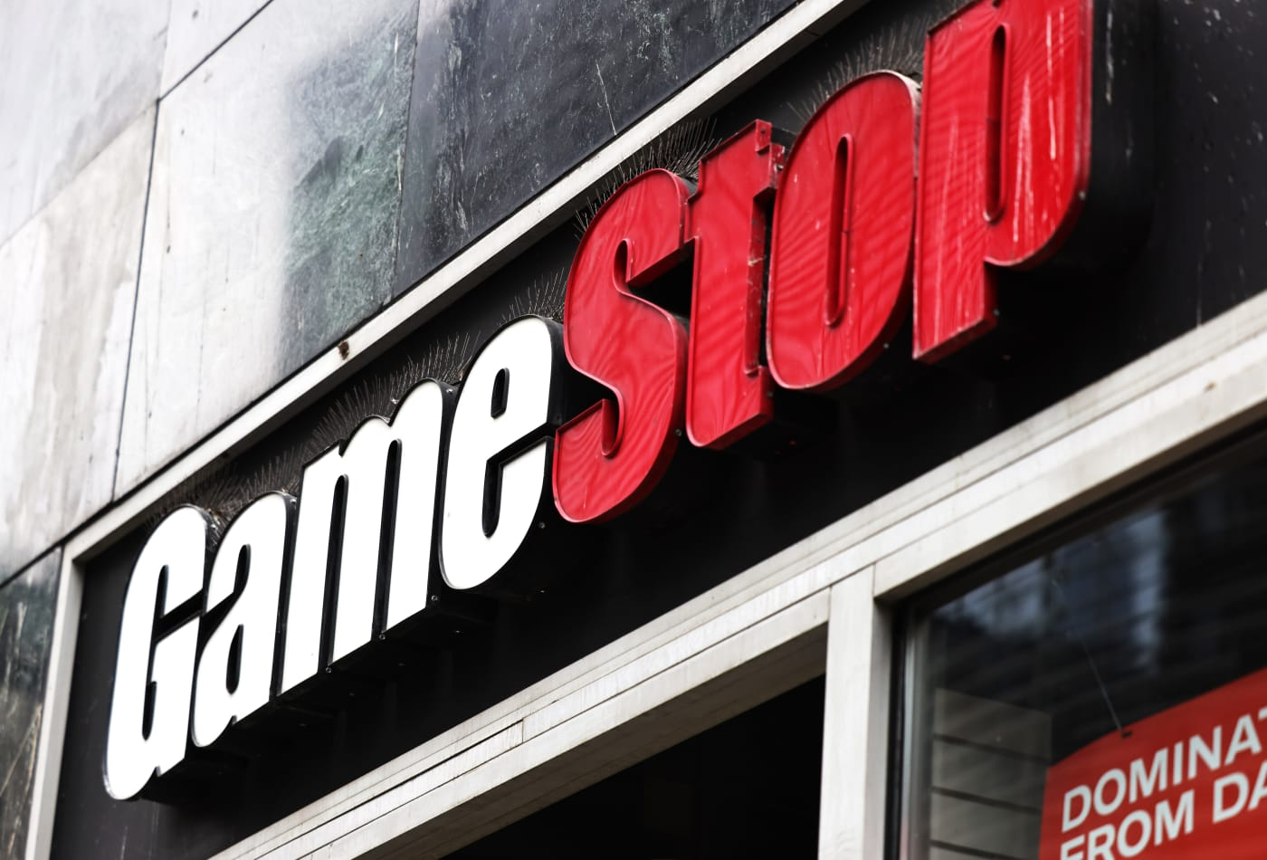 GameStop madness — How Bankrate's investing reporter is keeping up with it all