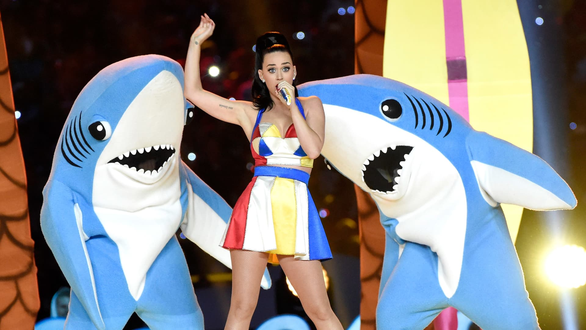 Recording artist Katy Perry performs onstage during the Pepsi Super Bowl XLIX Halftime Show at University of Phoenix Stadium on February 1, 2015 in Glendale, Arizona.(Photo by Kevin Mazur/WireImage)