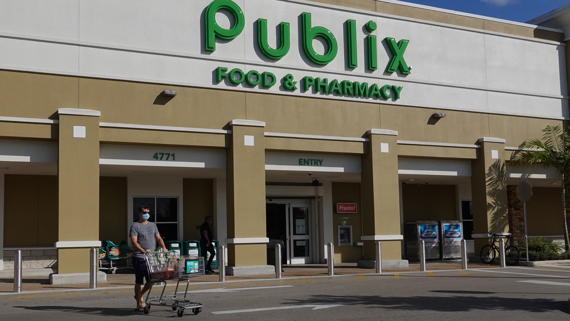 A Publix Food & Pharmacy store where COVID-19 vaccinations were being administered on January 29, 2021 in Delray Beach, Florida.
