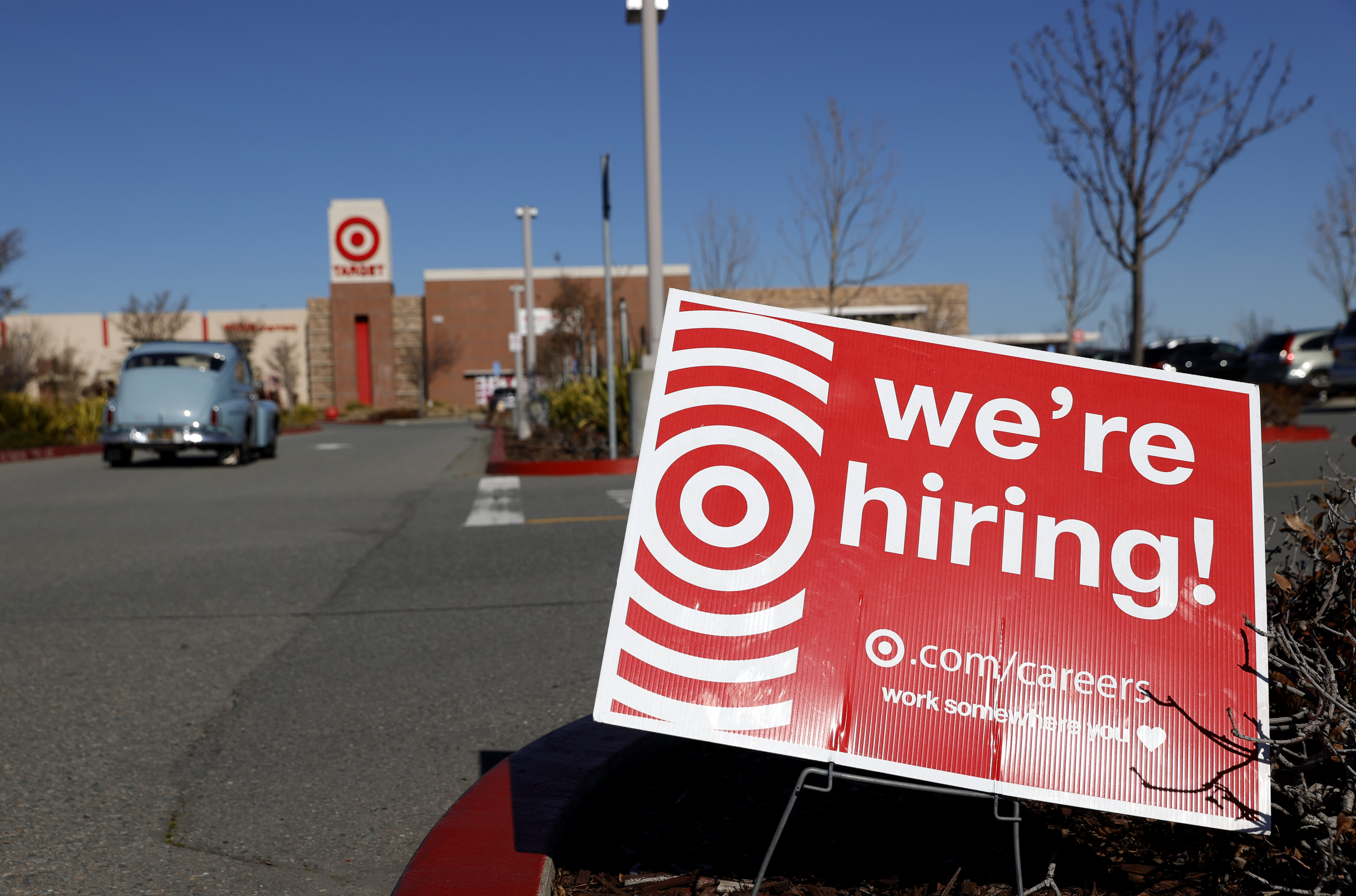 Job openings increased toward the end of 2020, but a big employment gap remains - CNBC