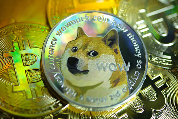 106836865 1612779436680 gettyimages 1299388491 yn dogecoinillustration 011 jpeg?v=1612779511