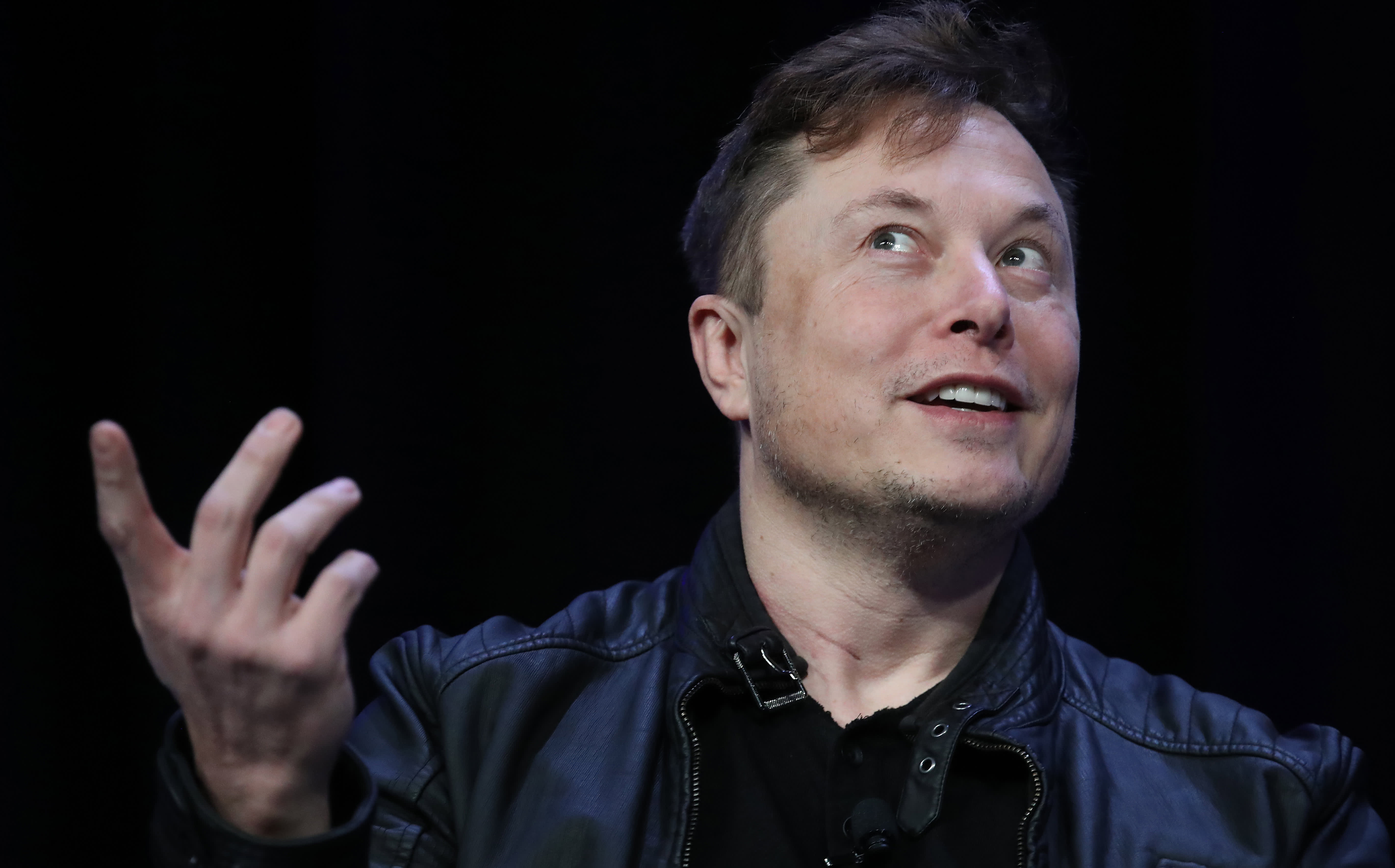 Bitcoin pops 10% after Musk suggests Tesla could accept the cryptocurrency again thumbnail