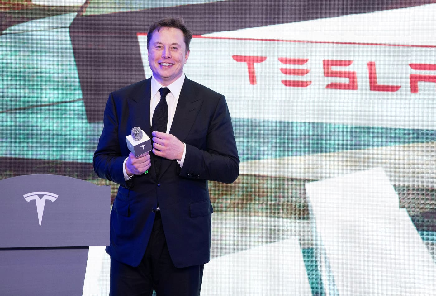 Elon Musk: Tesla Won't Accept Bitcoin For Payment Over Climate Concerns - cover