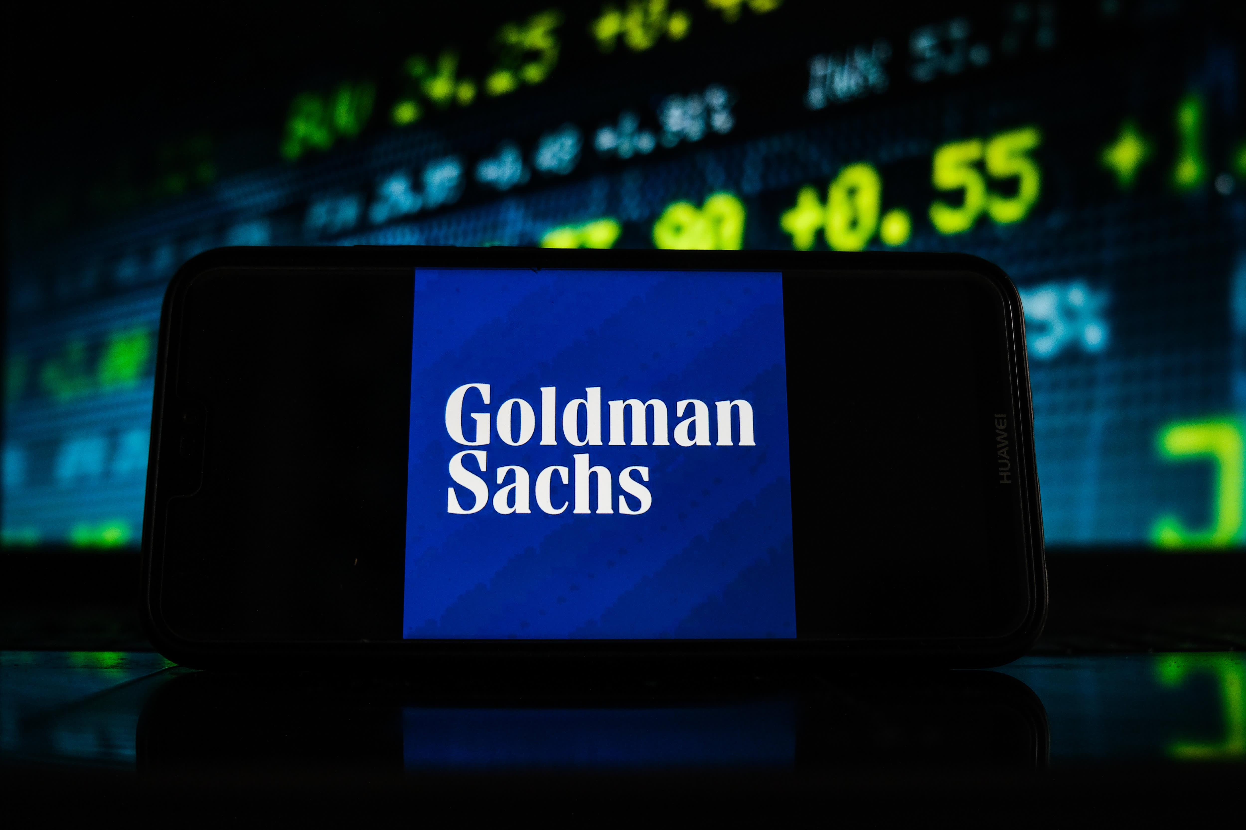 Goldman Sachs enlists American Express to take on cash management titans like Citigroup