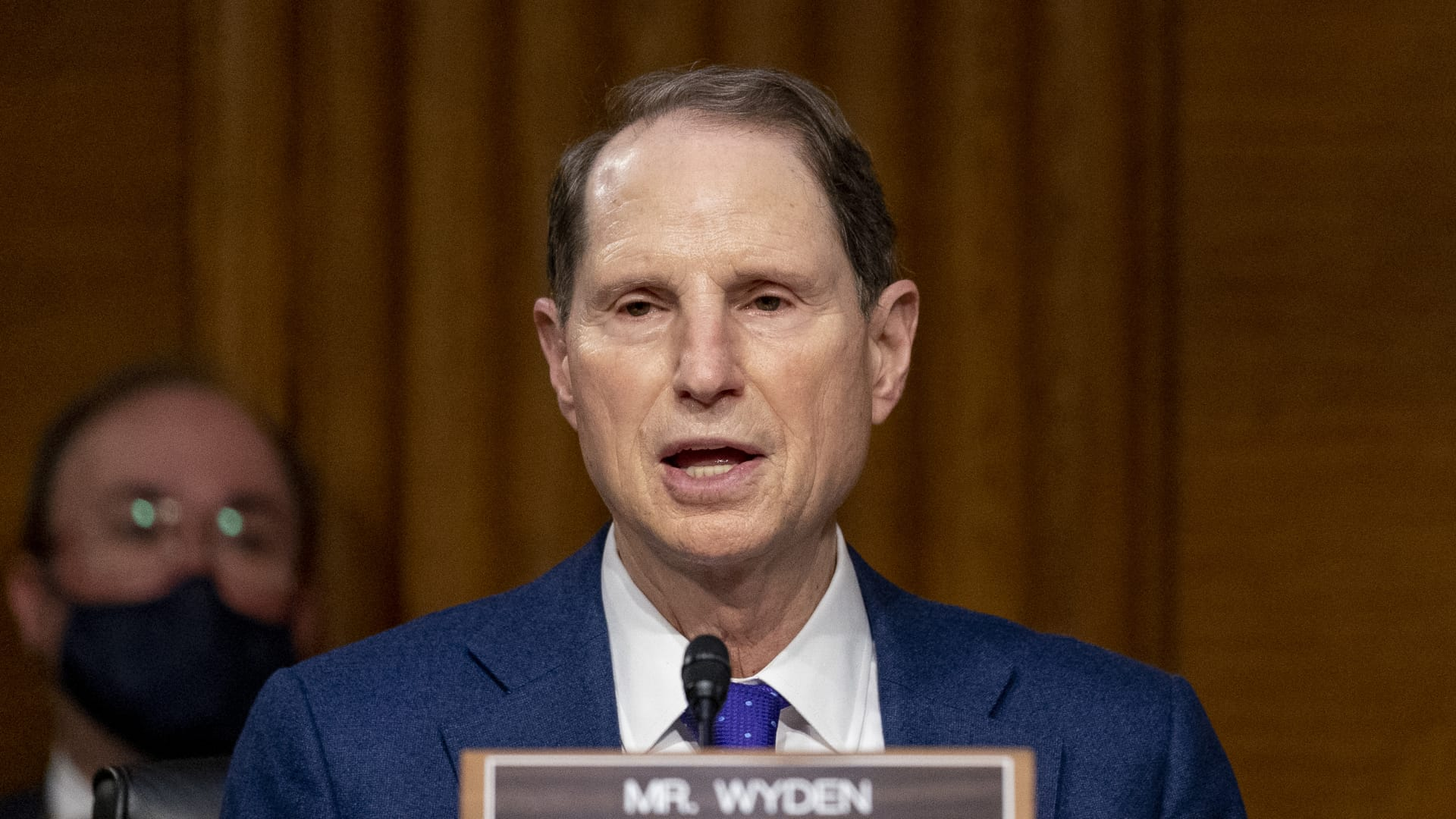 Sen. Ron Wyden, D-Ore., wants to increase unemployment benefits by $600 a week.