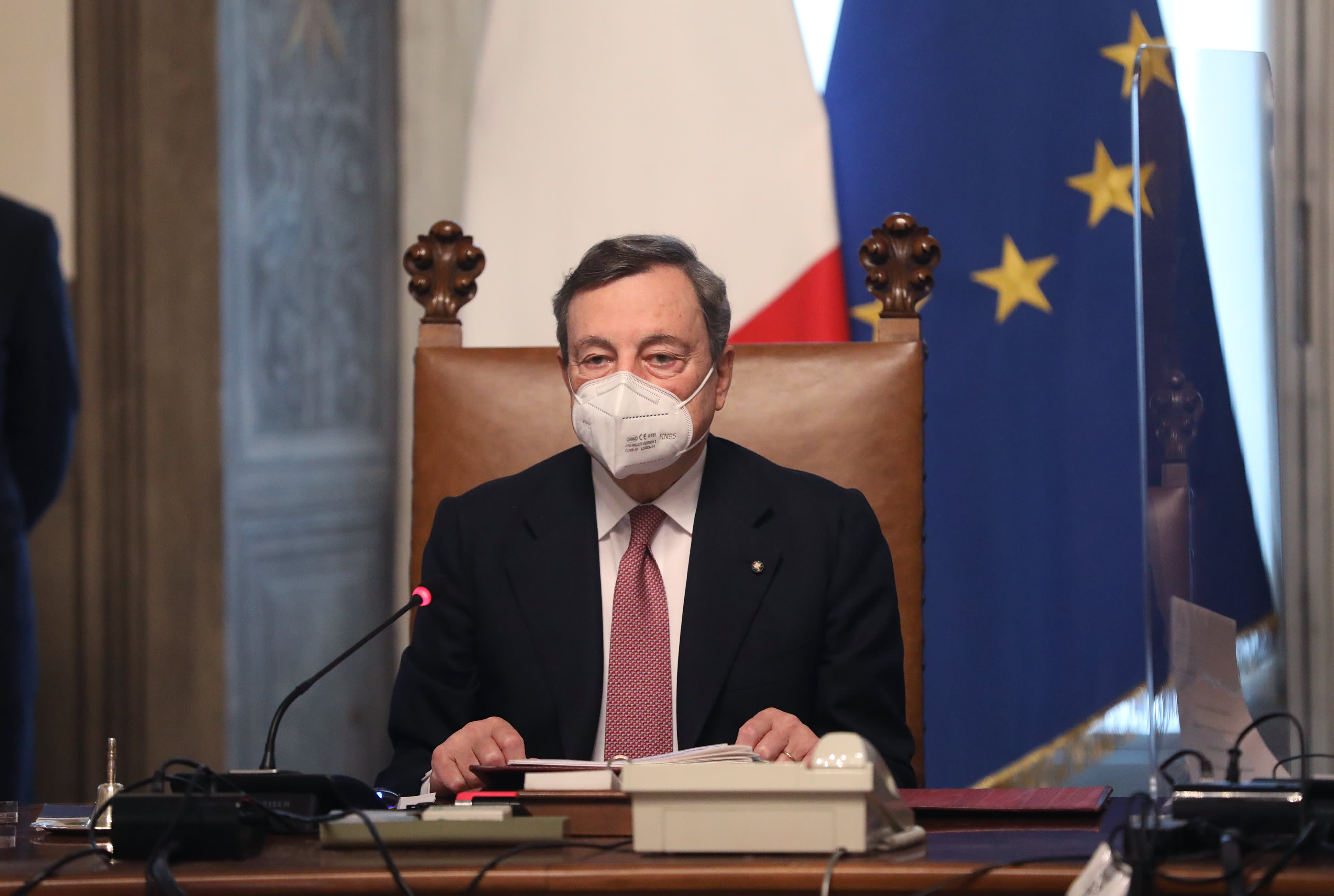 Mario Draghi presents Italy's new cabinet after an uprising of EU funds