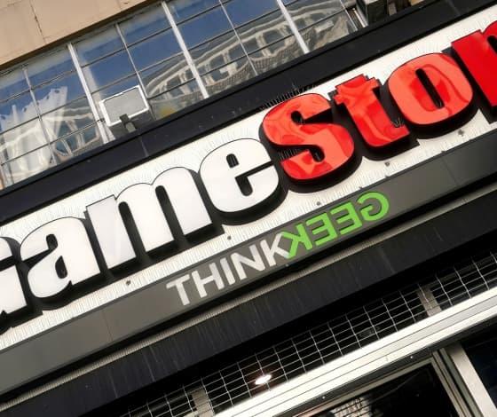 GameStop shares soar more than 100% amid executive shuffle