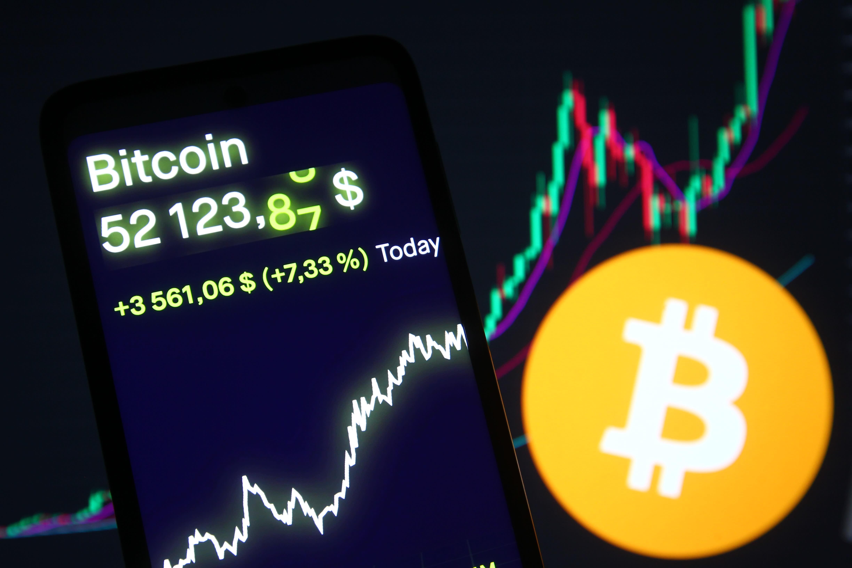 bitcoin se întoarce la investiții