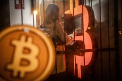 If you're thinking about investing in bitcoin, consider these risks first