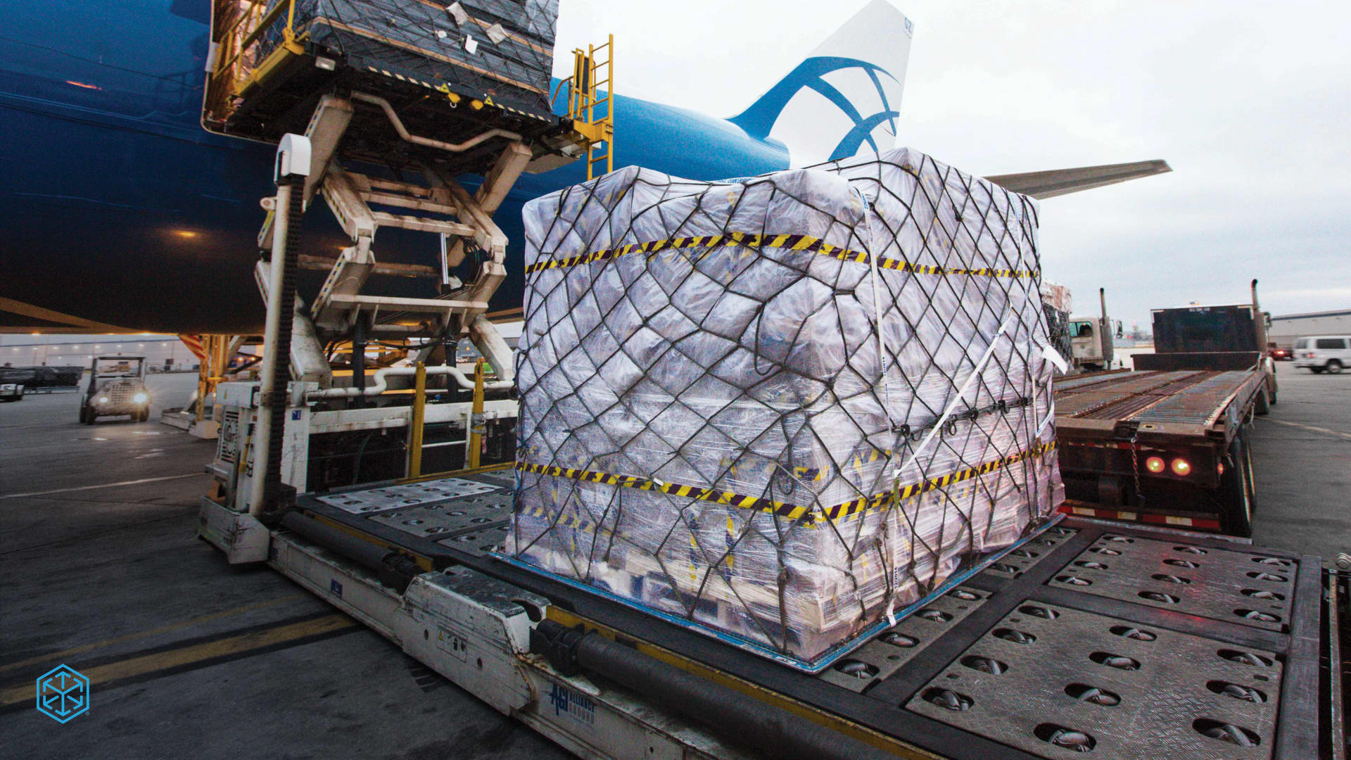 CH Robinson air freight