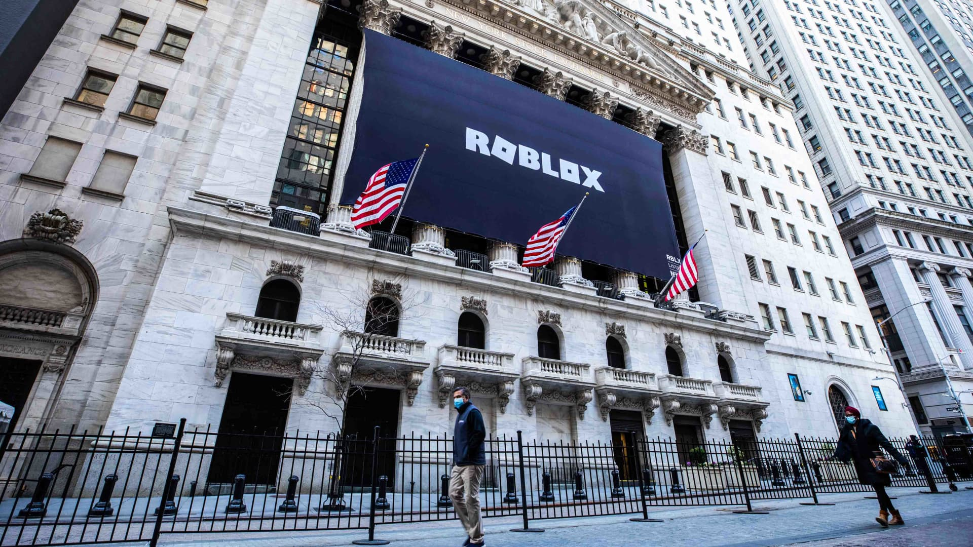 The New York Stock Exchange welcomes executives and guests of Roblox (NYSE: RBLX), today, Wednesday, March 10, 2021, in celebration of its Direct Listing.