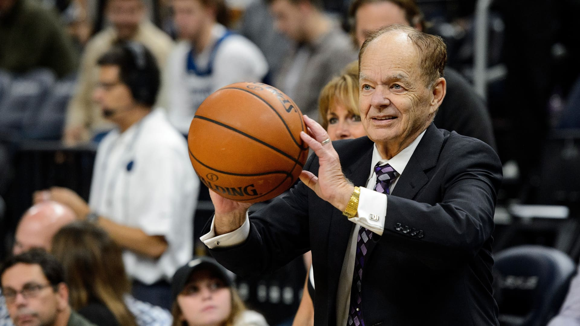 Glen Taylor, owner of the Minnesota Timberwolves passes a ball before the game between the Minnesota Timberwolves and the San Antonio Spurs on November 15, 2017 at the Target Center in Minneapolis, Minnesota.