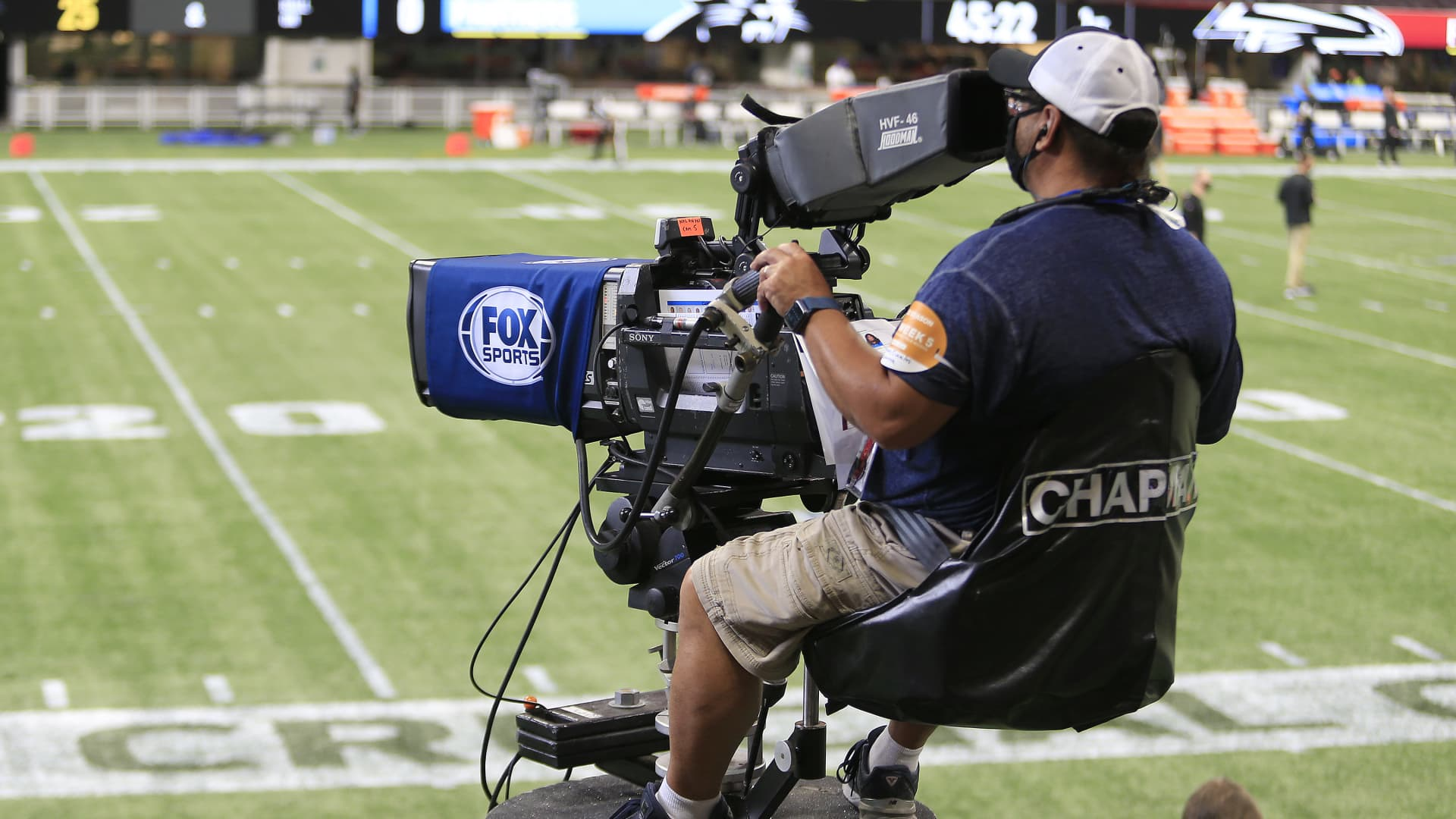 A FOX Sports TV camera operator during the week 5 NFL game between the Atlanta Falcons and the Carolina Panthers at Mercedes-Benz Stadium on October 11, 2020 in Atlanta, Georgia.
