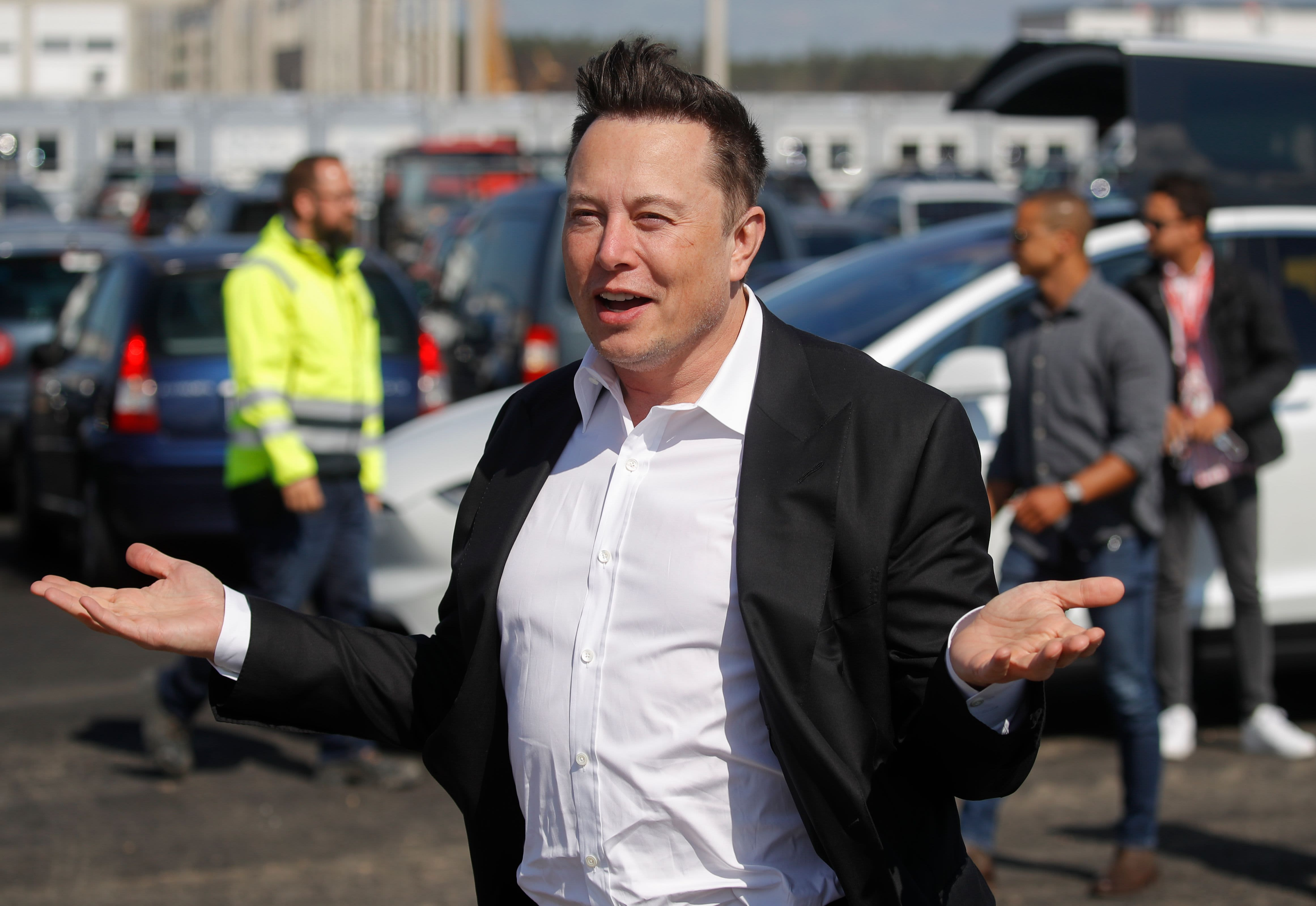 Elon Musk tweets Tesla might end up being 'the most significant company' surpassing Apple thumbnail