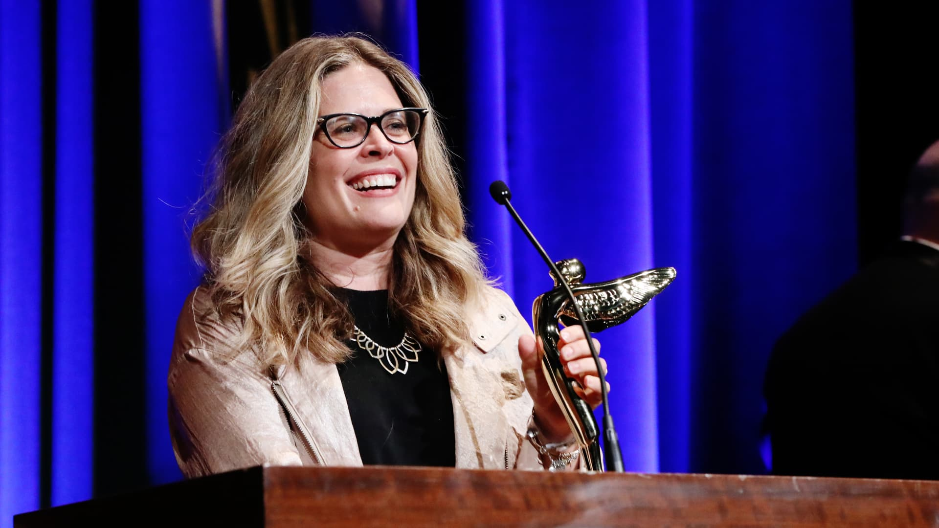 Walt Disney Animation Studios CCO Jennifer Lee accept the 'Best Immersive Feature Film - Animated' award for Frozen 2 onstage during The Advanced Imaging Society's 11th Annual Lumiere Awards at Steven J. Ross Theatre on the Warner Bros. Lot on January 22, 2020 in Burbank, California.
