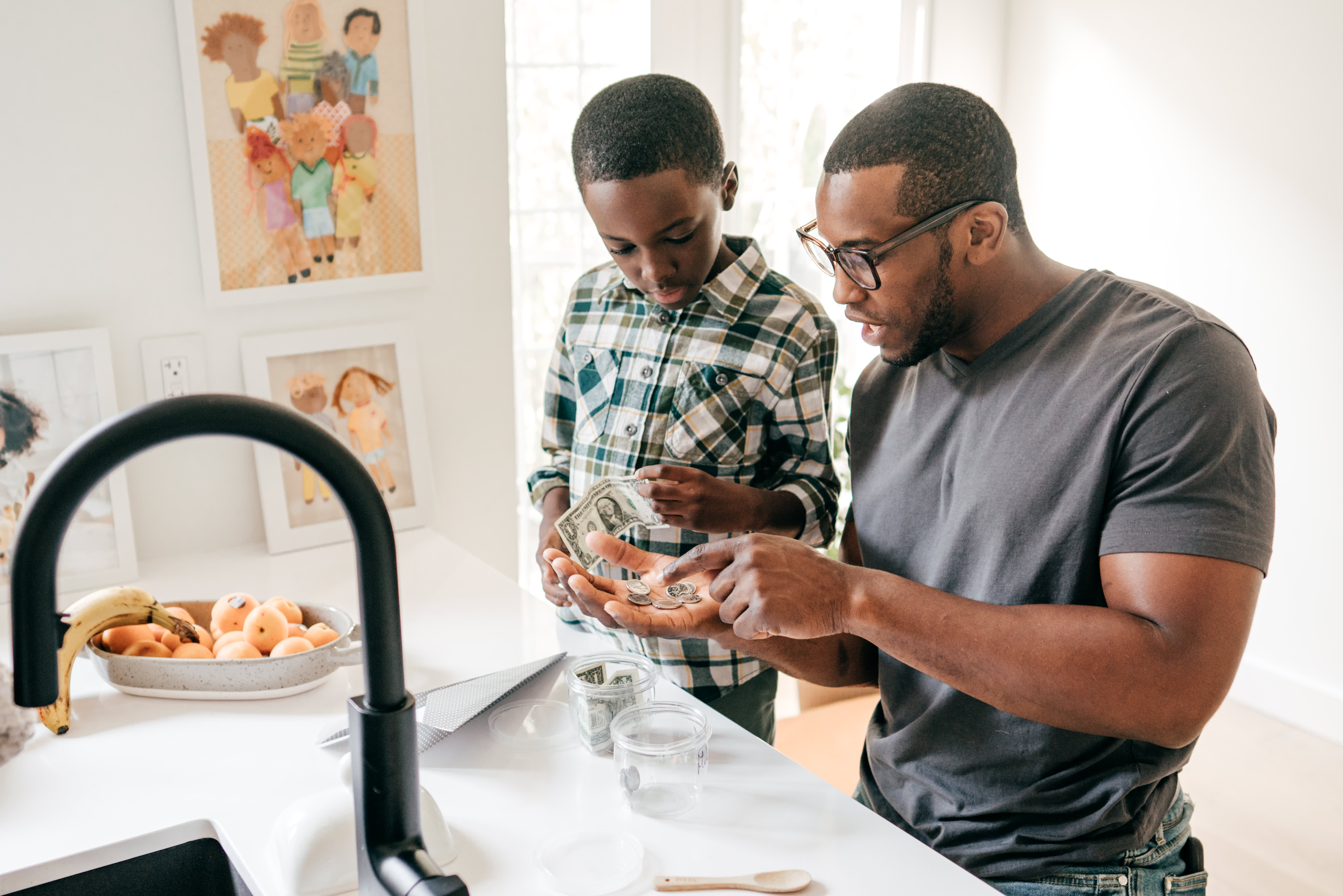 These resources can help you teach your kids about money