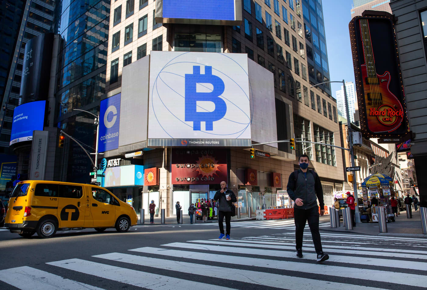 We're closer to a bitcoin ETF, 'but we're not all the way there yet,' market analyst says