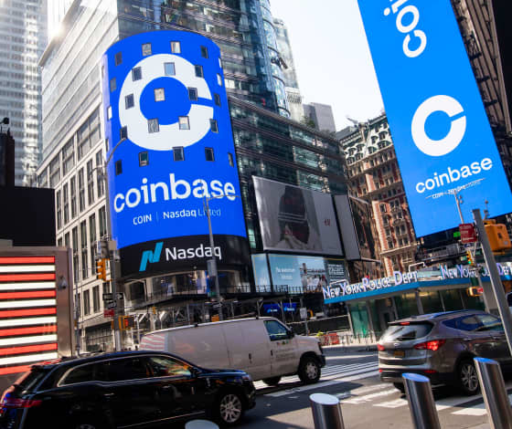 Here's who just got rich from the Coinbase debut