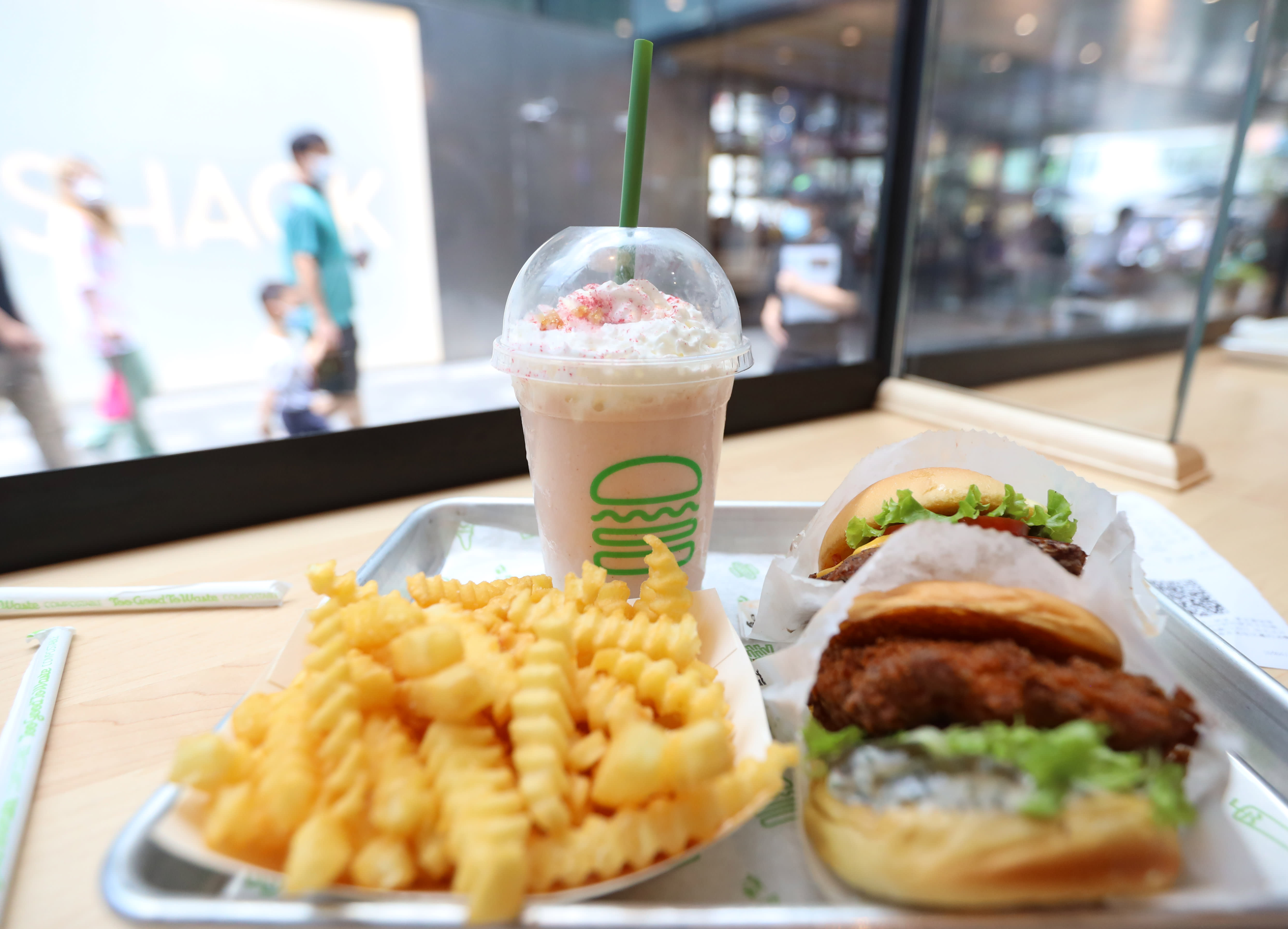 """Shake Shack has """"big plans for Asia"""" as it spreads in China, Macau"""