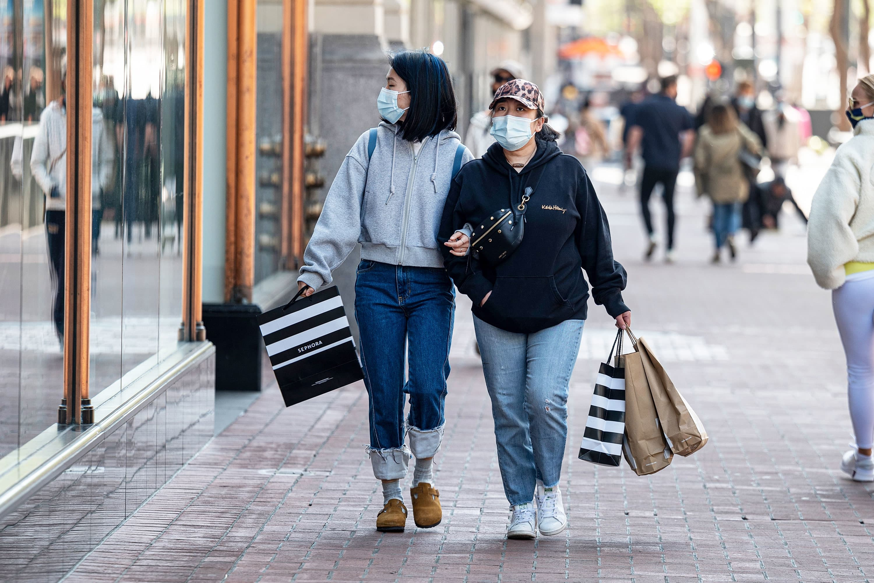 The post-pandemic spending spree begins: Here are 6 things Americans are buying