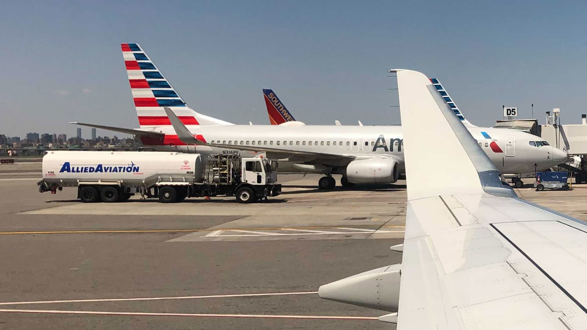 American Airlines planes at LaGuardia Airport