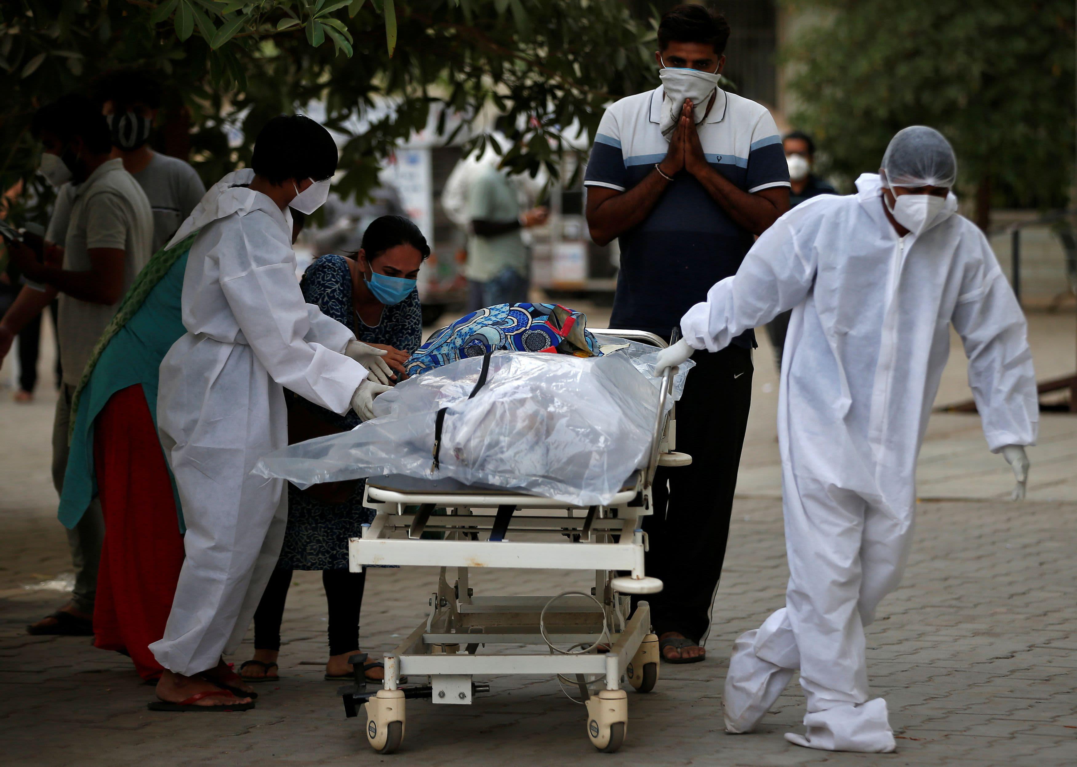 Les scientifiques disent que le gouvernement indien a ignoré les avertissements au milieu de la flambée des coronavirus