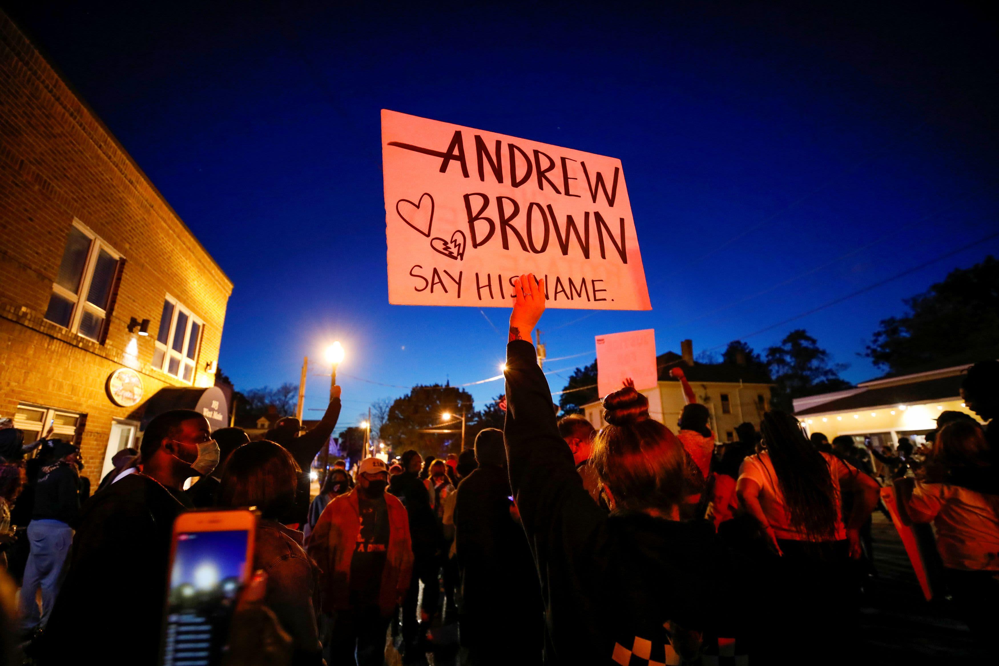 FBI opens civil rights probe into killing of Andrew Brown Jr. in North Carolina – CNBC