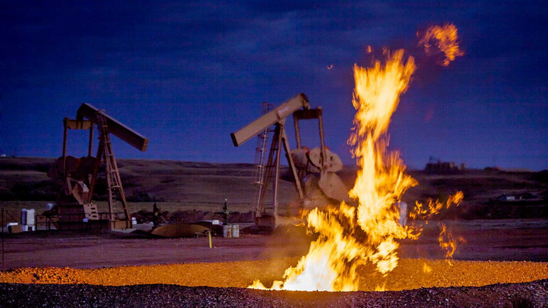 Flames from a flaring pit near a well in the Bakken Oil Field. The primary component of natural gas is methane, which is odorless when it comes directly out of the gas well. In addition to methane, natural gas typically contains other hydrocarbons such as ethane, propane, butane, and pentanes.