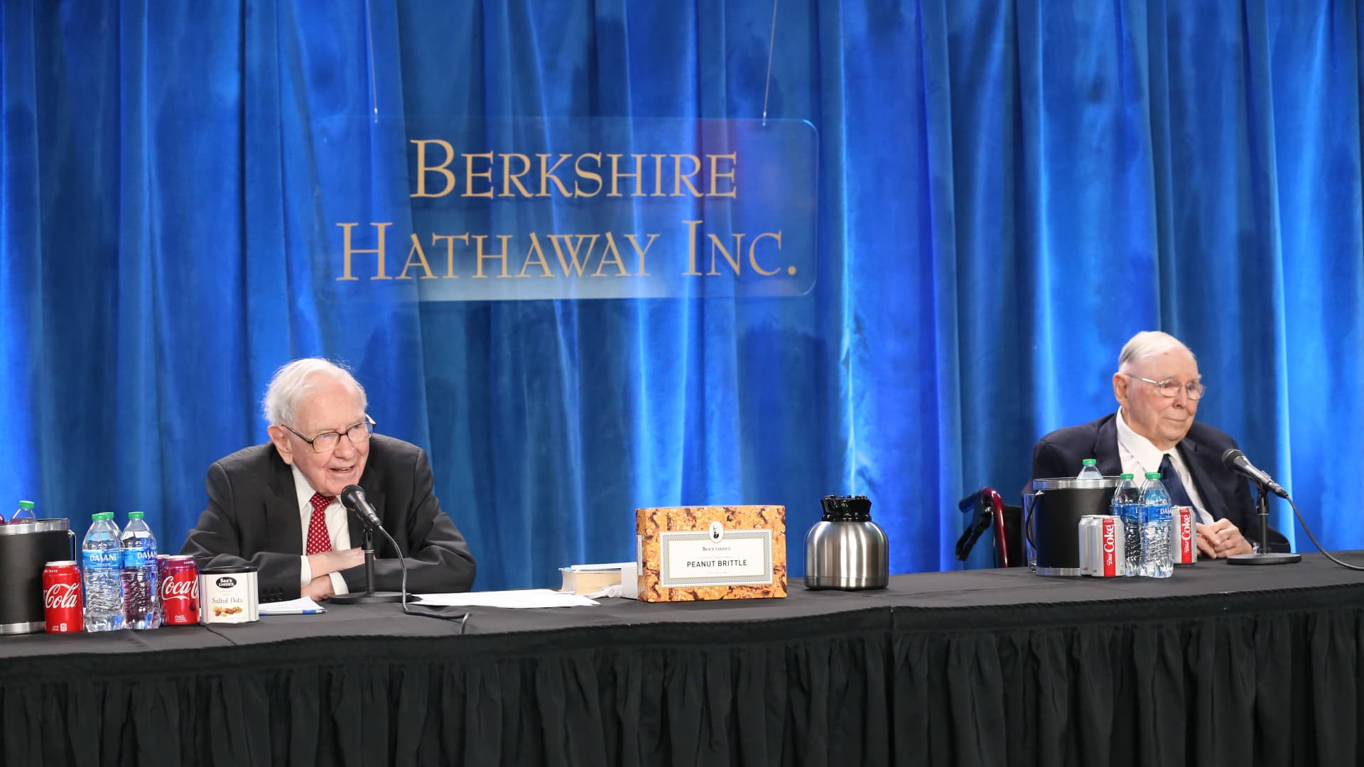 Warren Buffett and Charlie Munger at Berkshire Hathaway's annual meeting in Los Angeles, California. May 1, 2021.