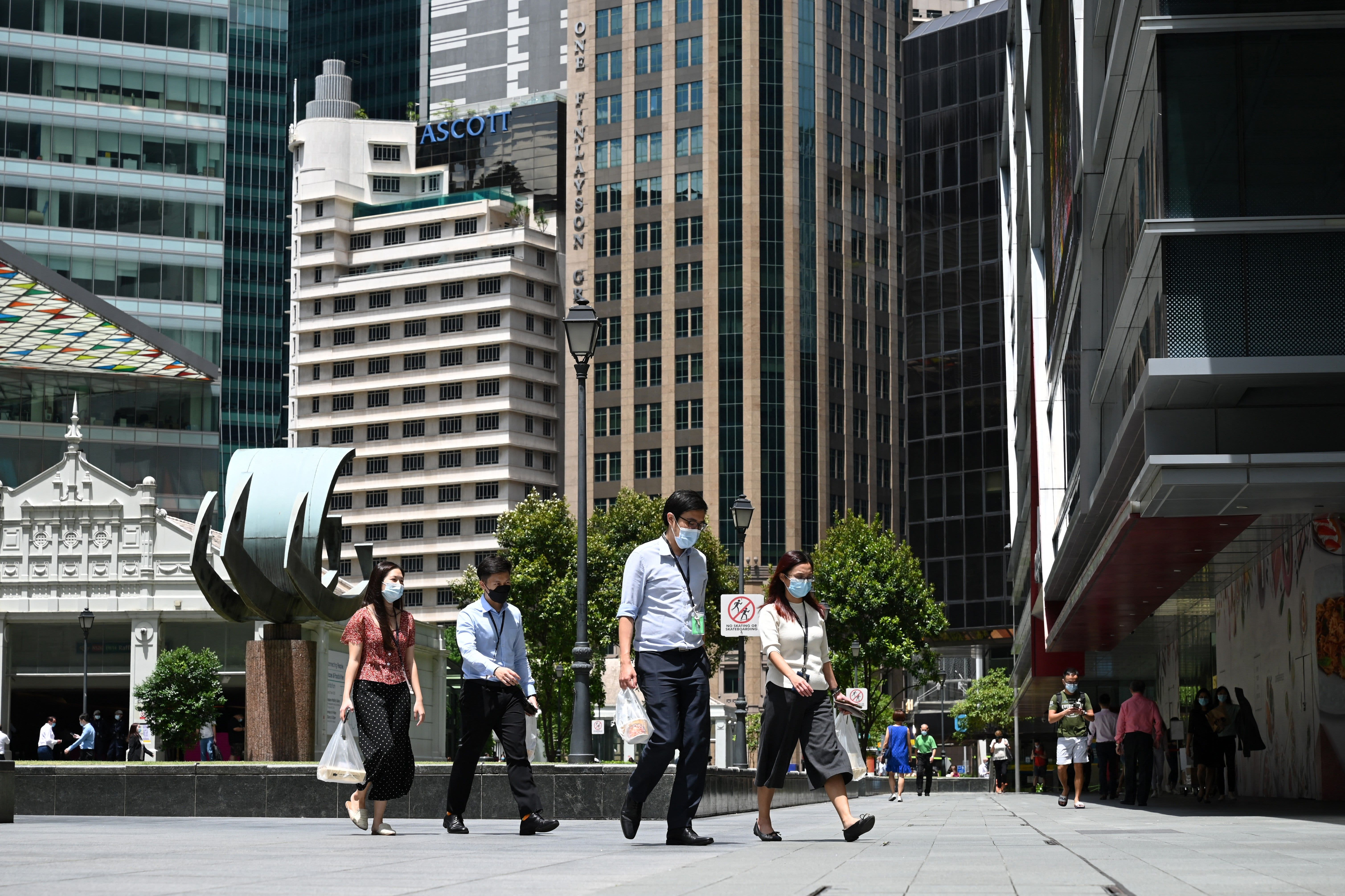Singapore to shut schools as coronavirus cases rise
