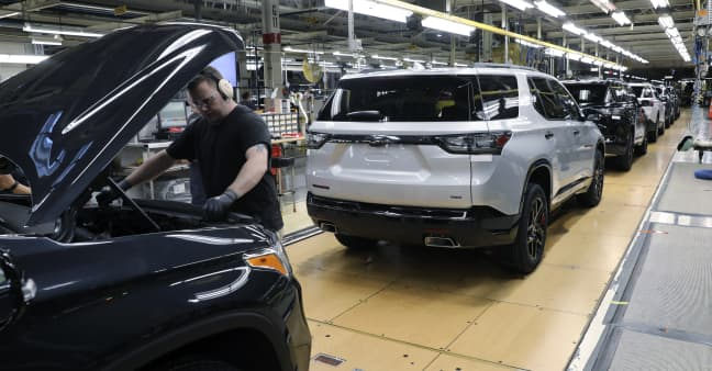 General Motors misses Wall Street second-quarter earnings expectations, raises 2021 guidance