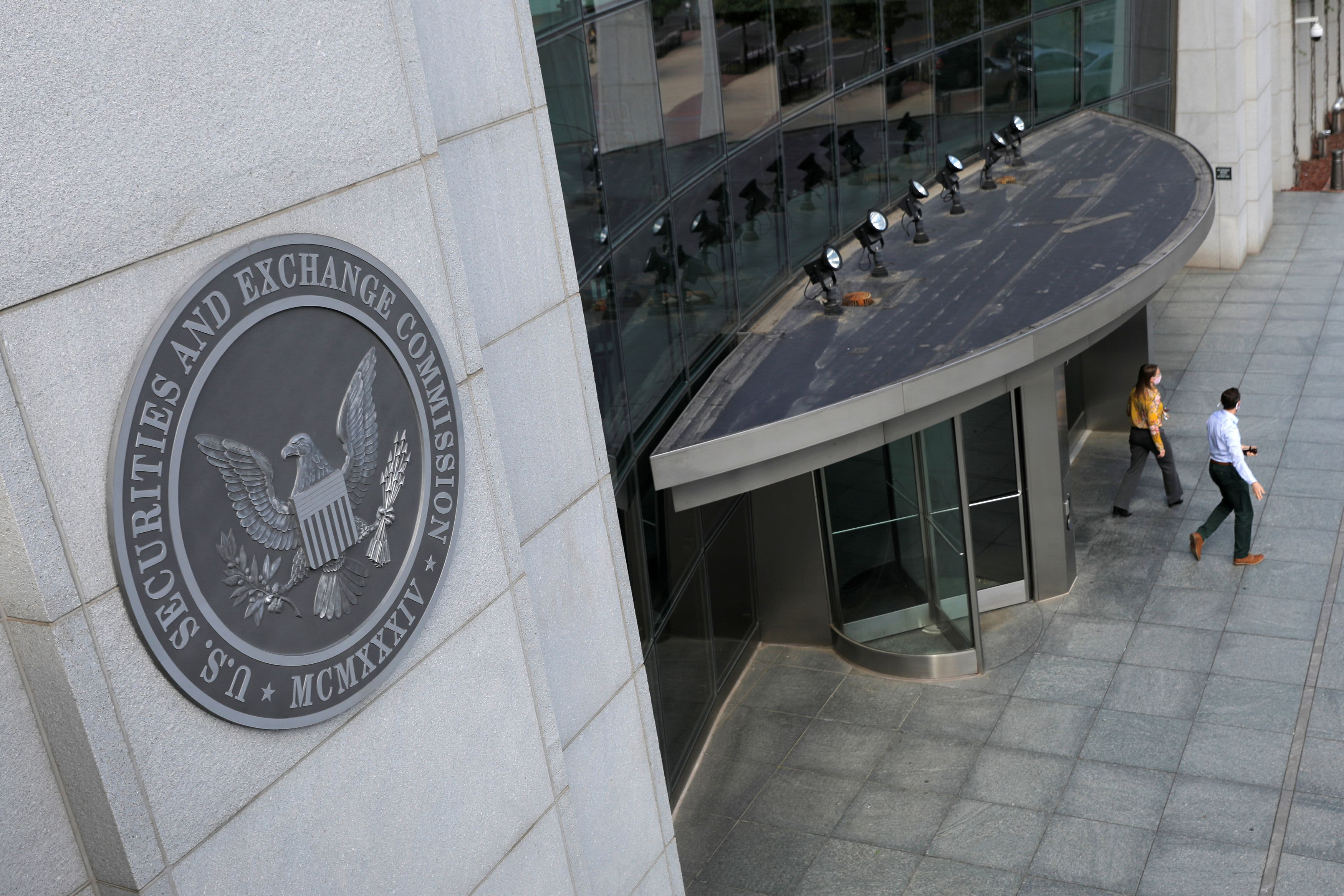 SEC slaps new disclosure requirements on Chinese IPOs amid Beijing's crackdown