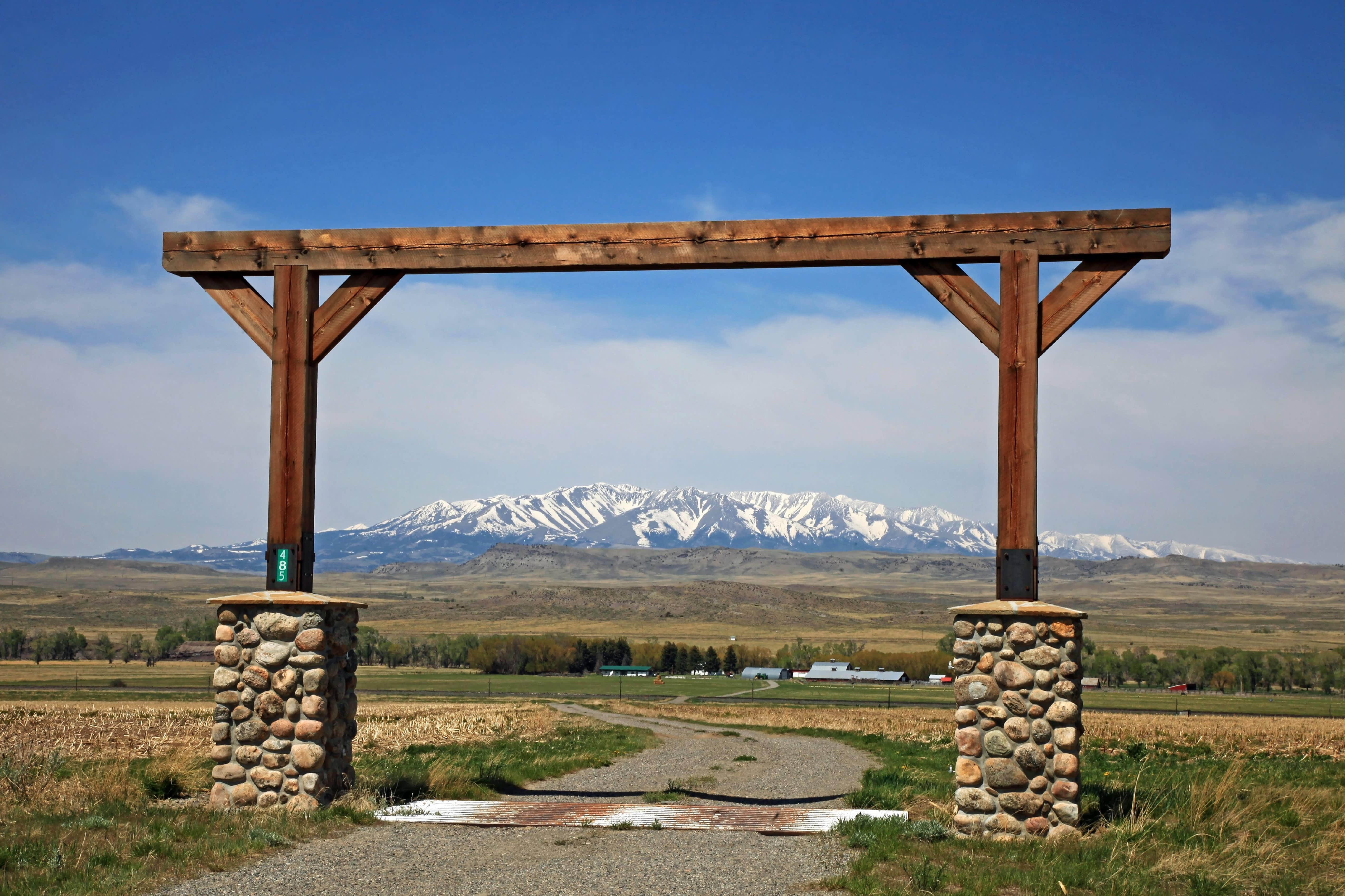 Snowflake moves executive office from California to Bozeman, Montana, as business goes dispersed thumbnail