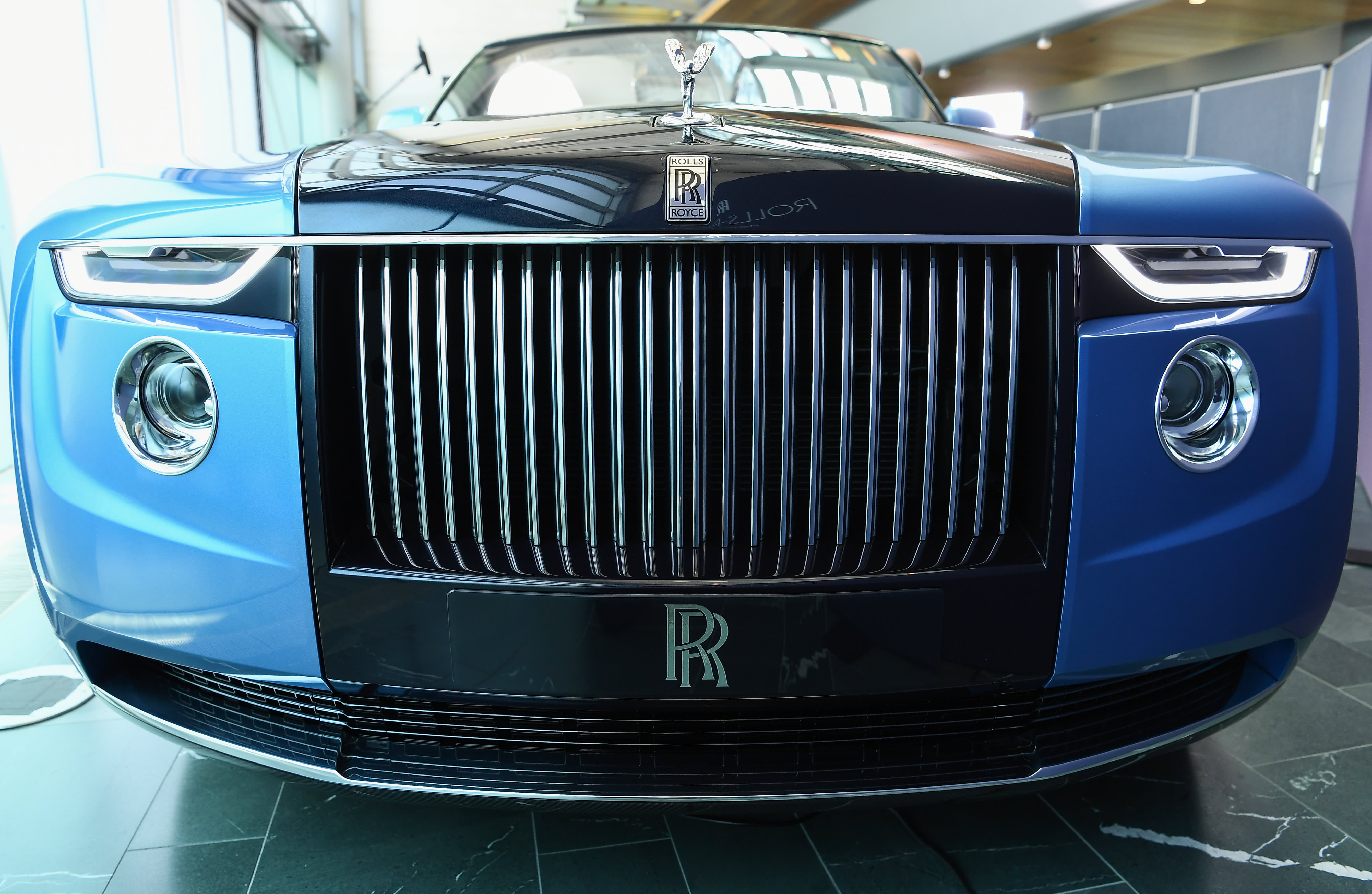 Rolls-Royce introduces the 'most enthusiastic' car it's ever produced thumbnail