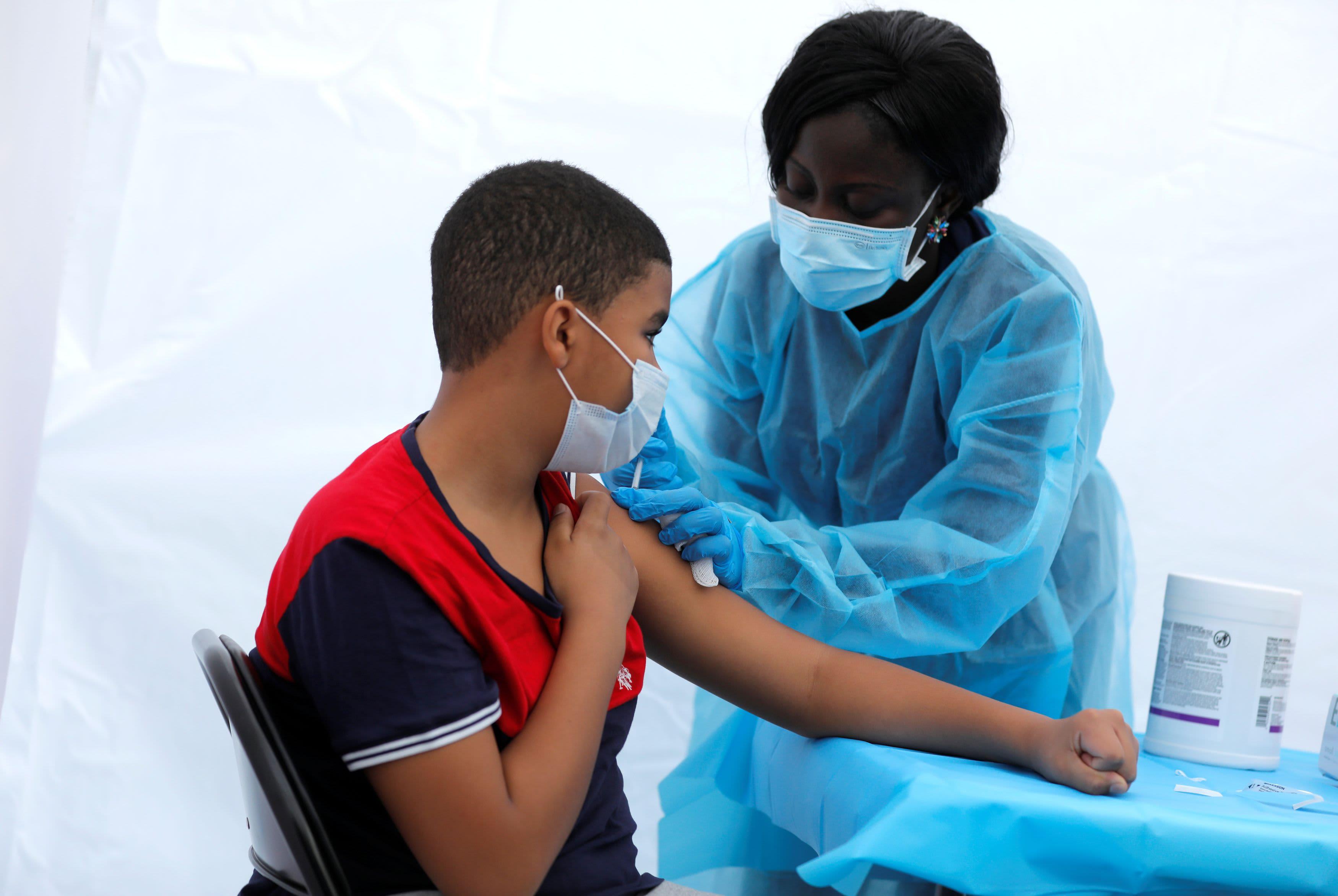 106892528-16228268132021-06-04t171107z_1393905116_rc2qtn902945_rtrmadp_0_health-coronavirus-vaccines.jpeg?v=1622826883