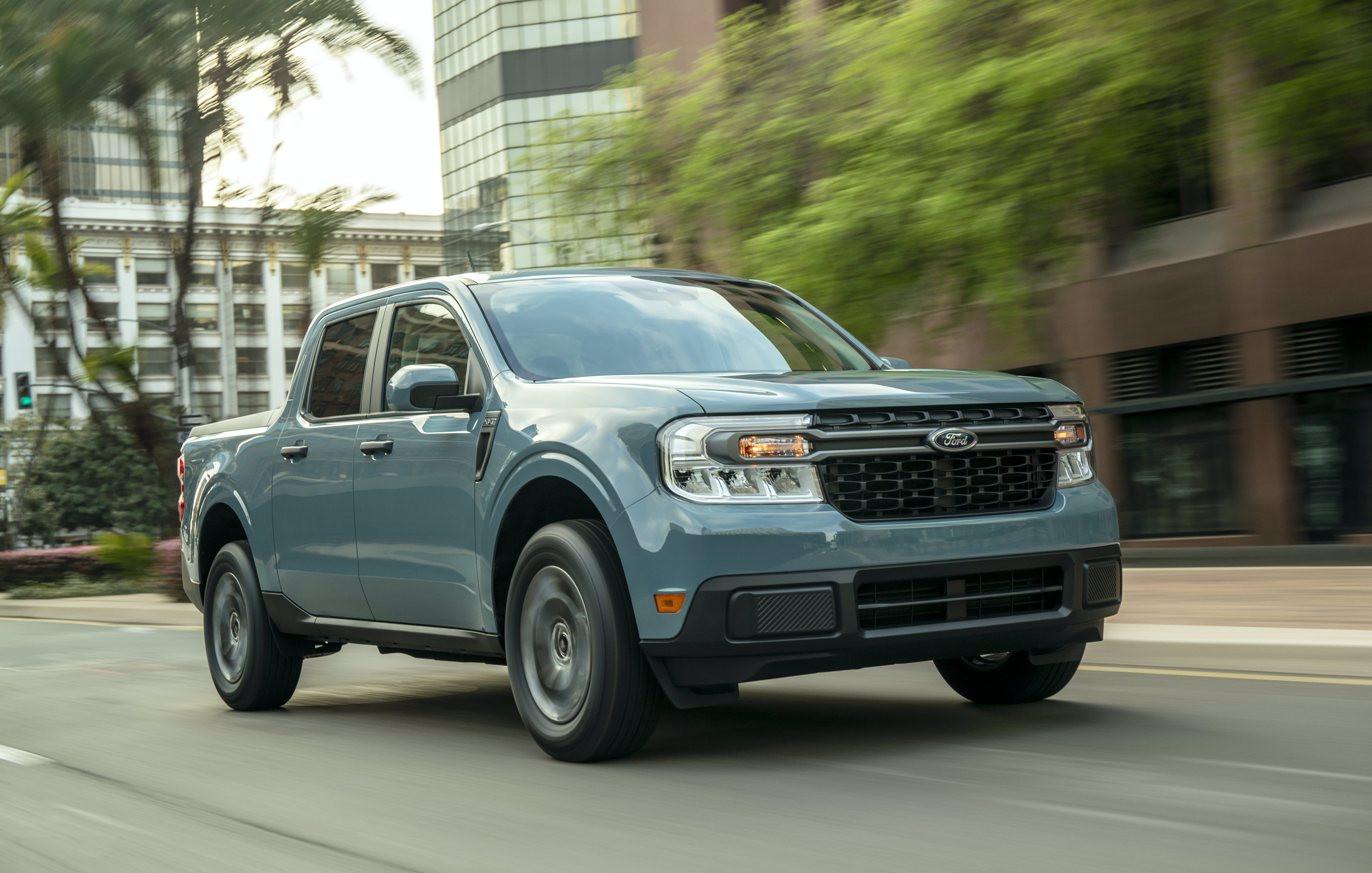 Ford's new Maverick hybrid pickup will get 40 mpg in the city and starts at ,995