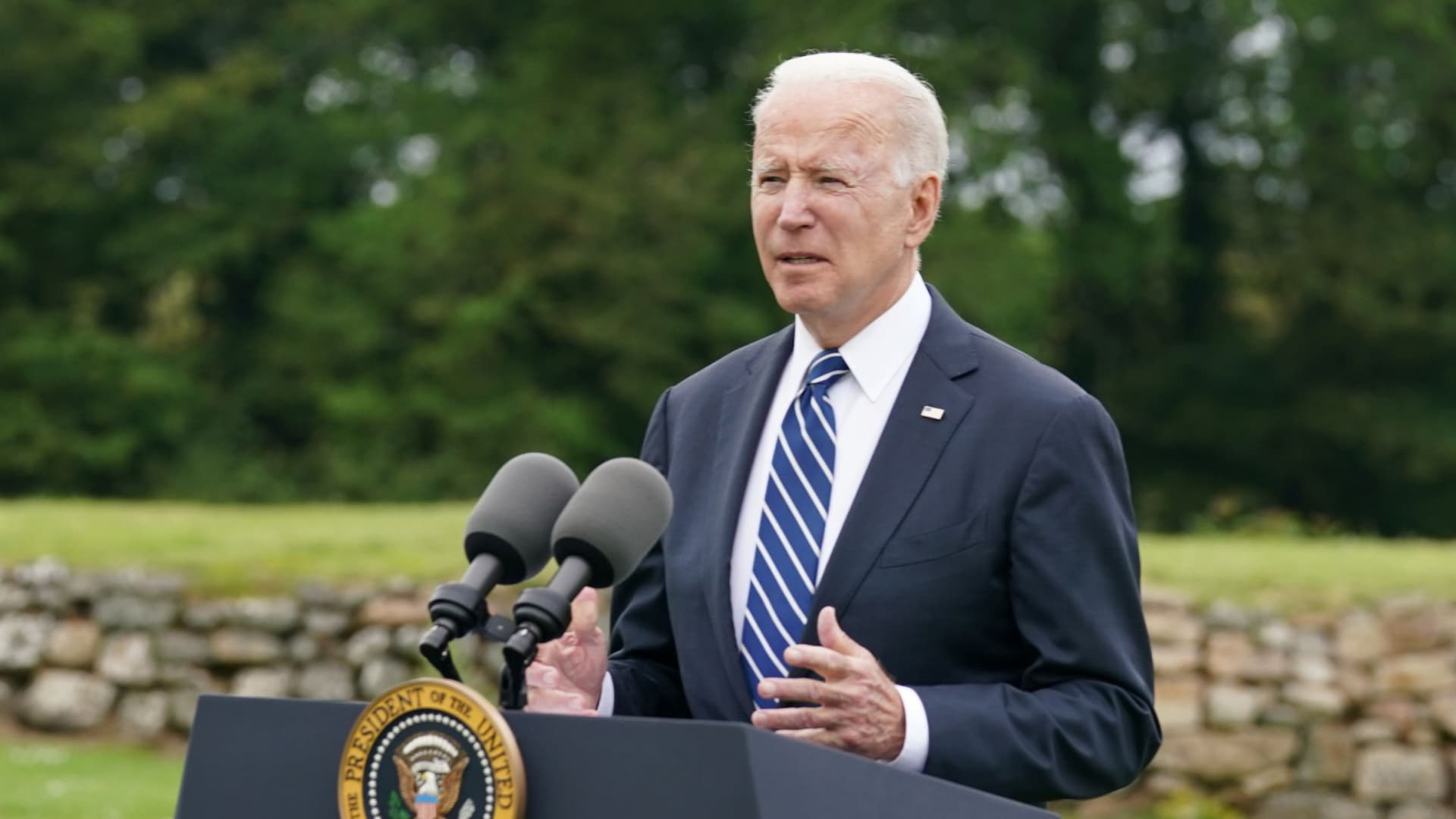 U.S. President Joe Biden speaks about his administration's pledge to donate 500 million doses of the Pfizer (PFE.N) coronavirus vaccine to the world's poorest countries, during a visit to St. Ives in Cornwall, Britain, June 10, 2021.